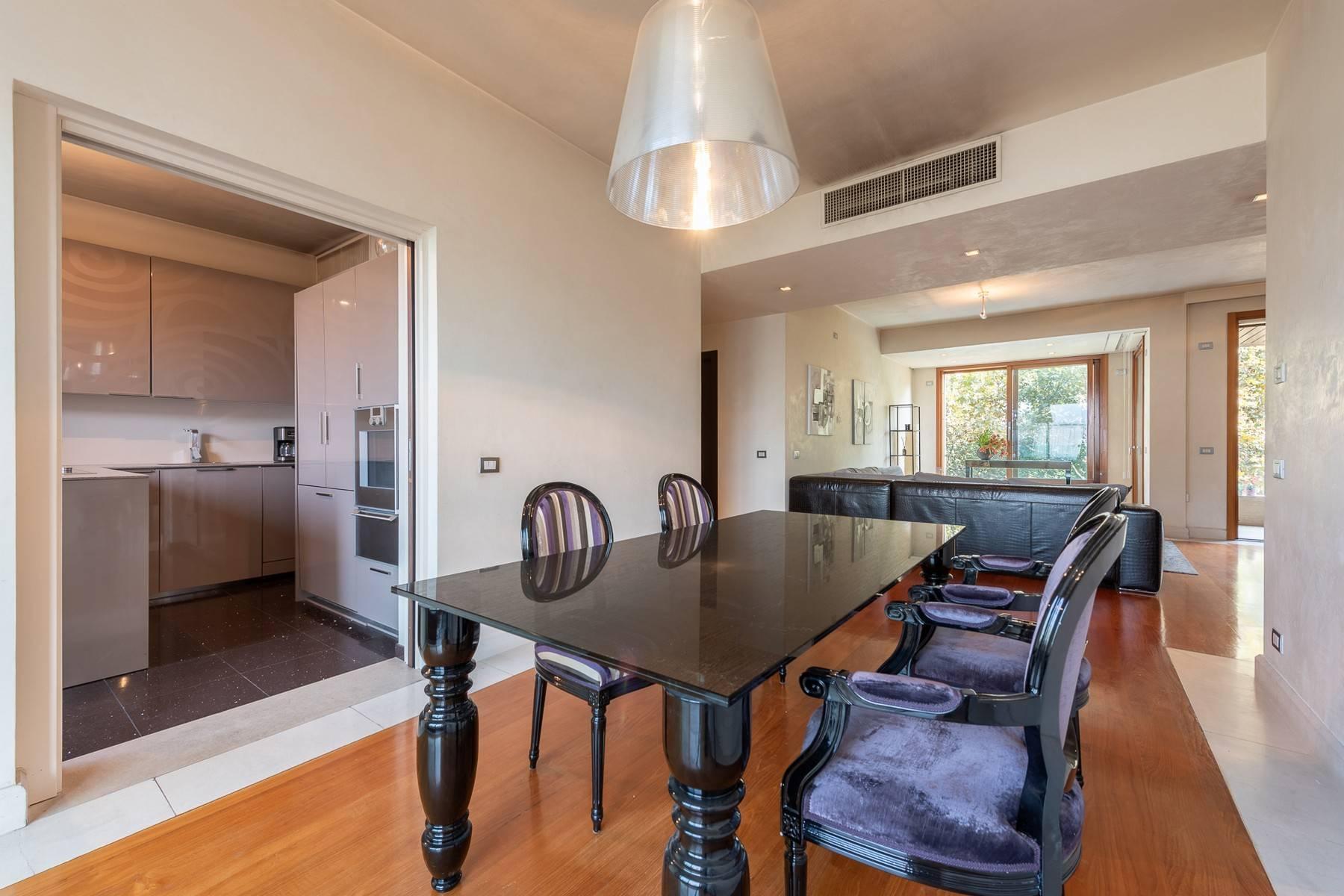 Splendido e luminoso appartamento con terrazzo loggiato - 9