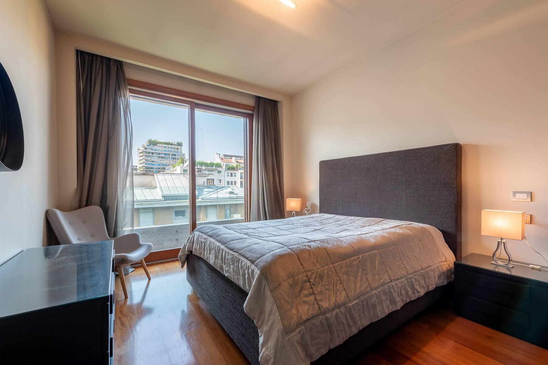 Splendido e luminoso appartamento con terrazzo loggiato - 16