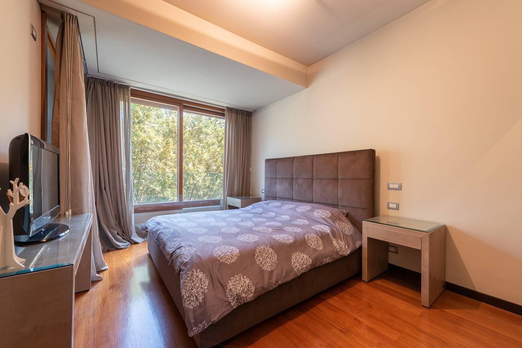 Splendido e luminoso appartamento con terrazzo loggiato - 21