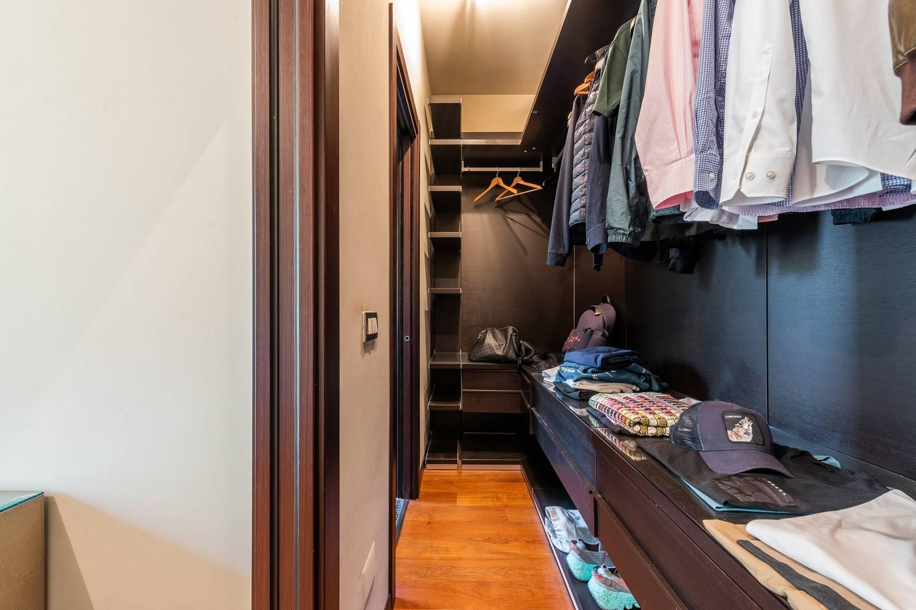 Splendido e luminoso appartamento con terrazzo loggiato - 24