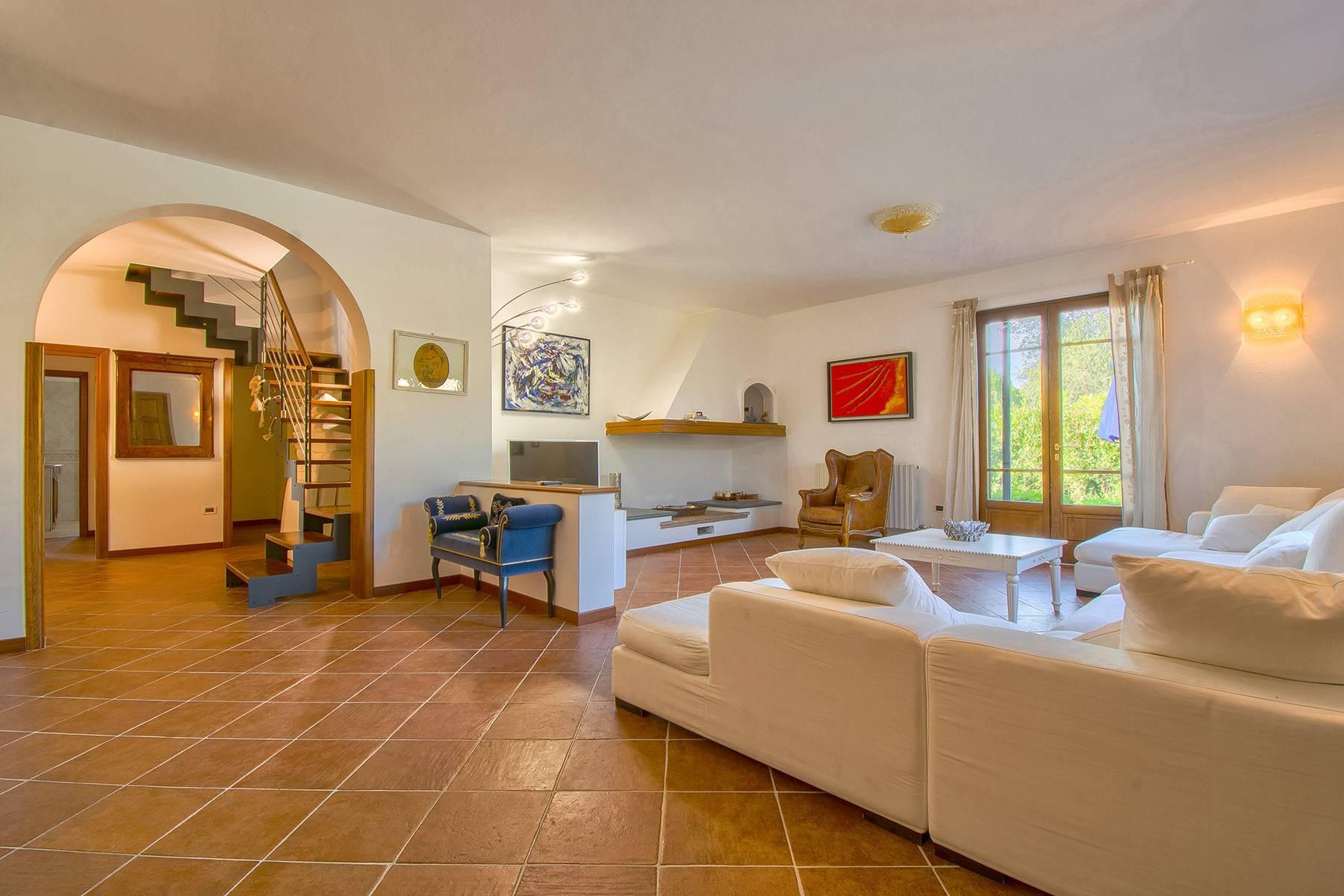 Charming villa in Pietrasanta - 14