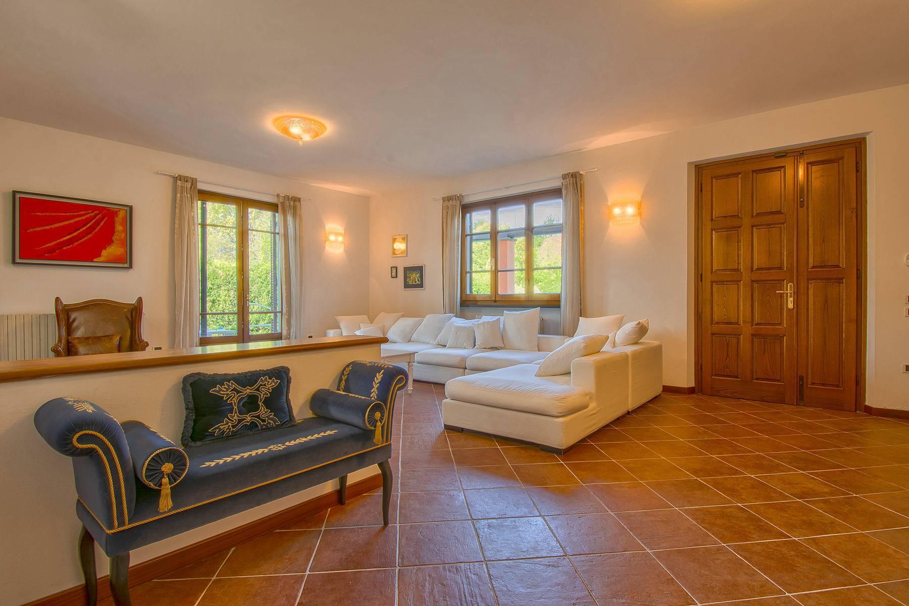 Charming villa in Pietrasanta - 17