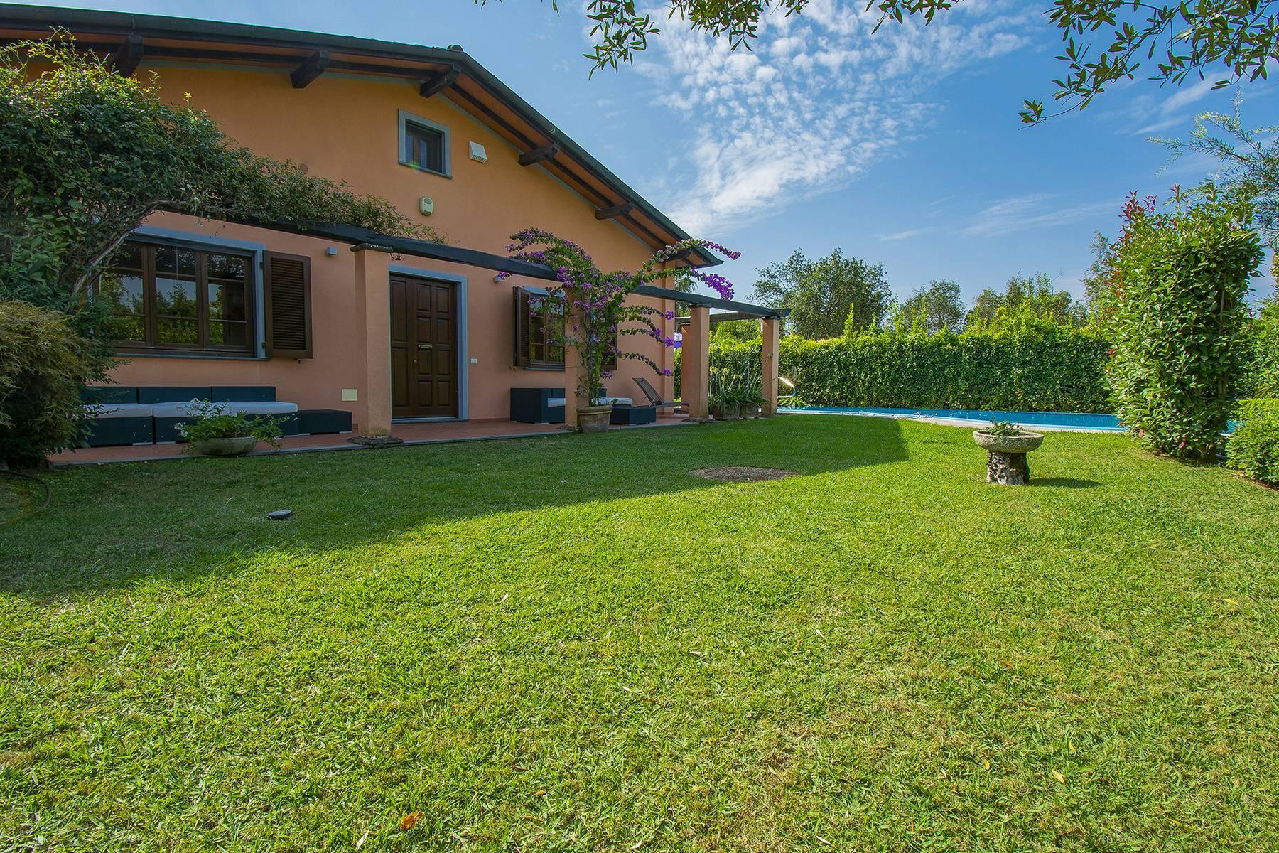 Charming villa in Pietrasanta - 4