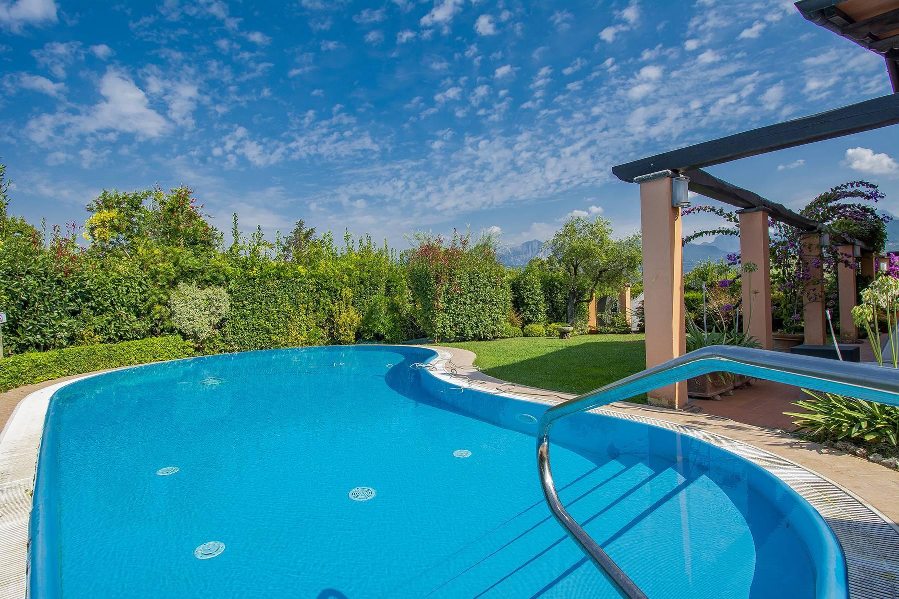 Charming villa in Pietrasanta - 12