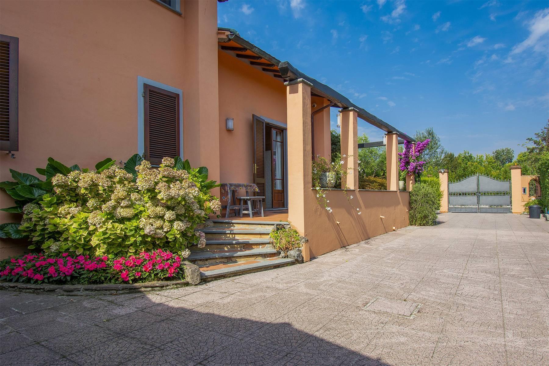 Charming villa in Pietrasanta - 3