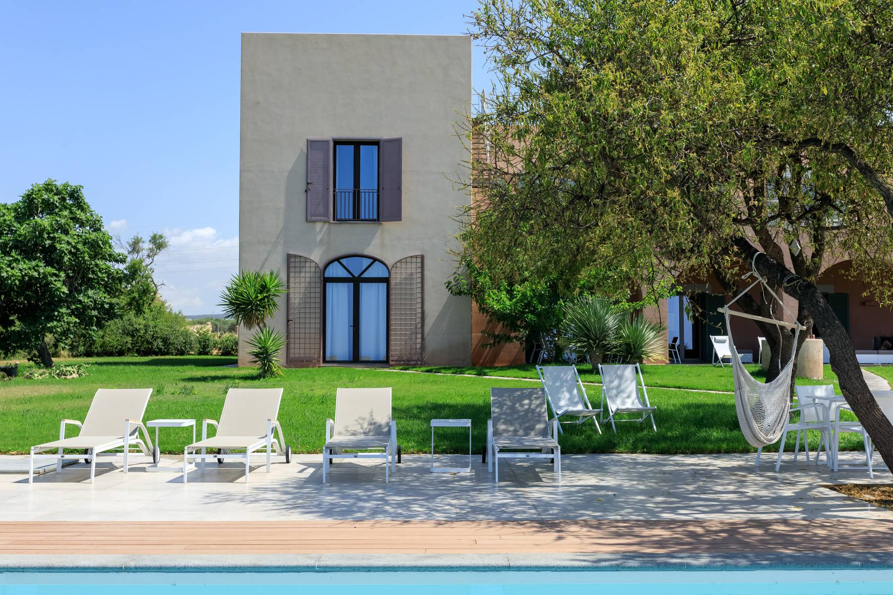Elegant Sea View Farmhouse surrounded by olive trees in Menfi - 4