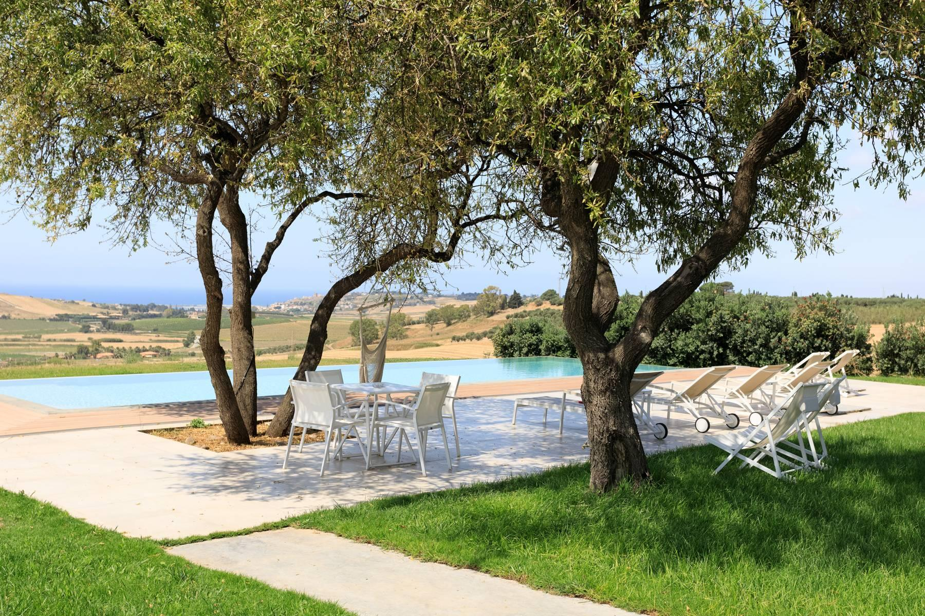 Elegant Sea View Farmhouse surrounded by olive trees in Menfi - 1