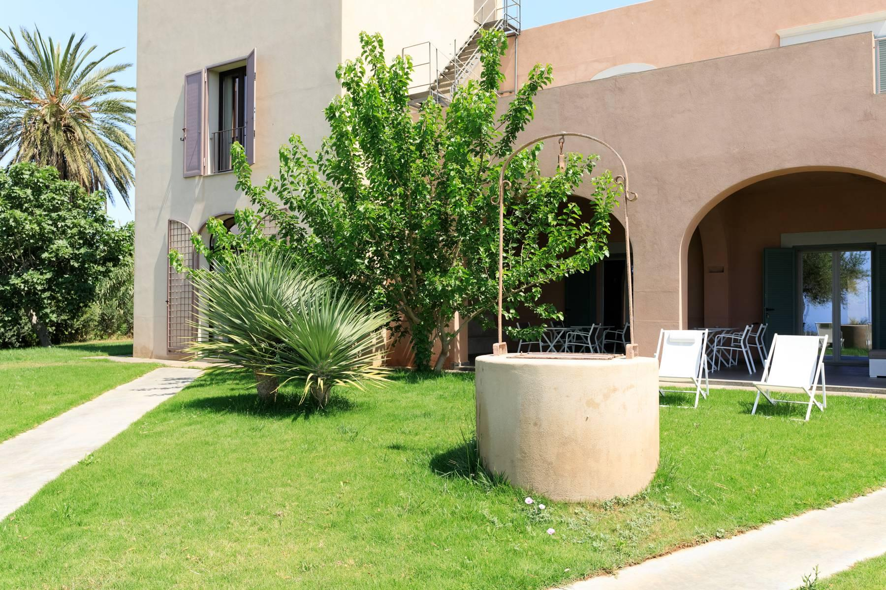 Elegant Sea View Farmhouse surrounded by olive trees in Menfi - 7