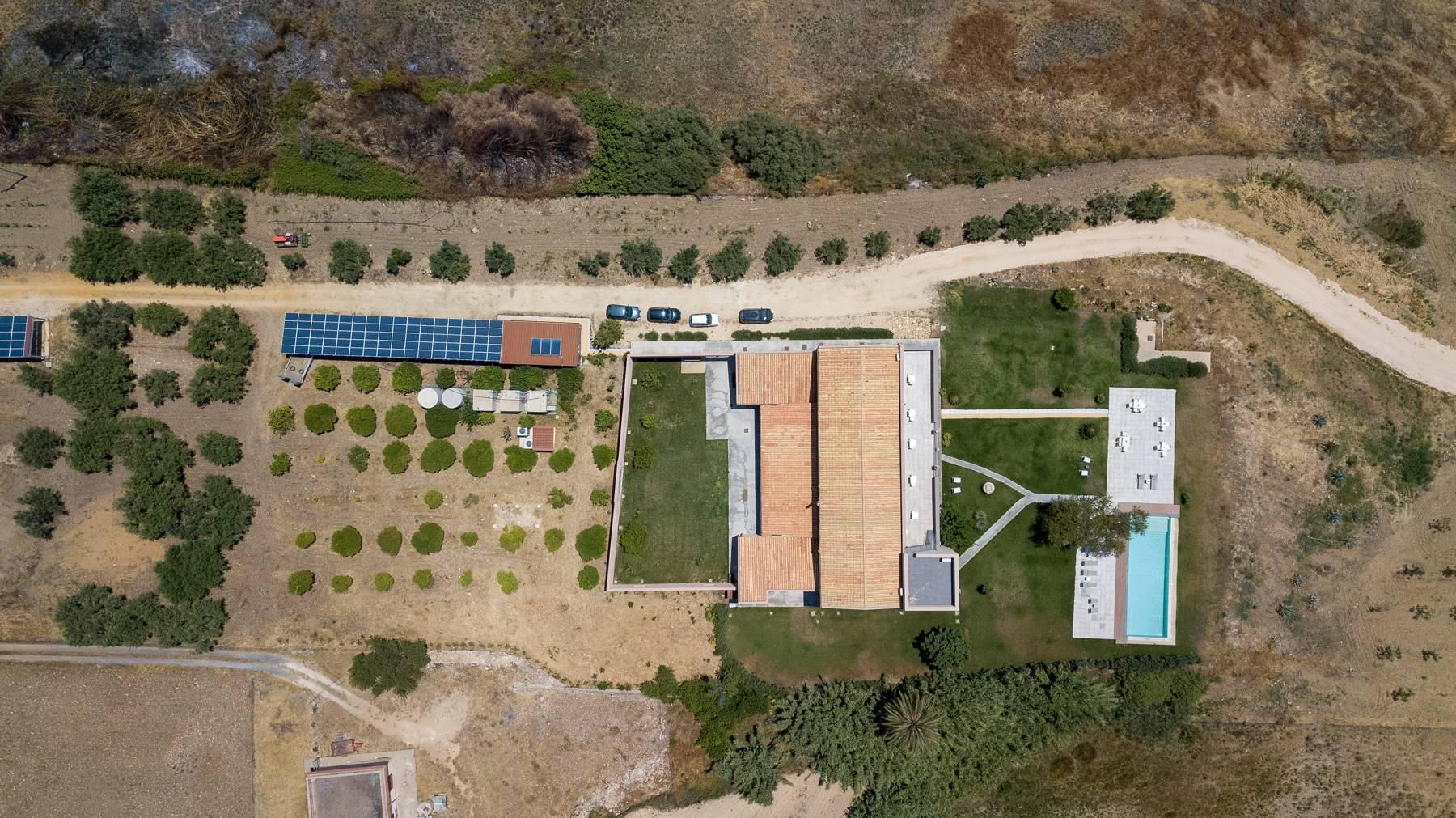Elegant Sea View Farmhouse surrounded by olive trees in Menfi - 31