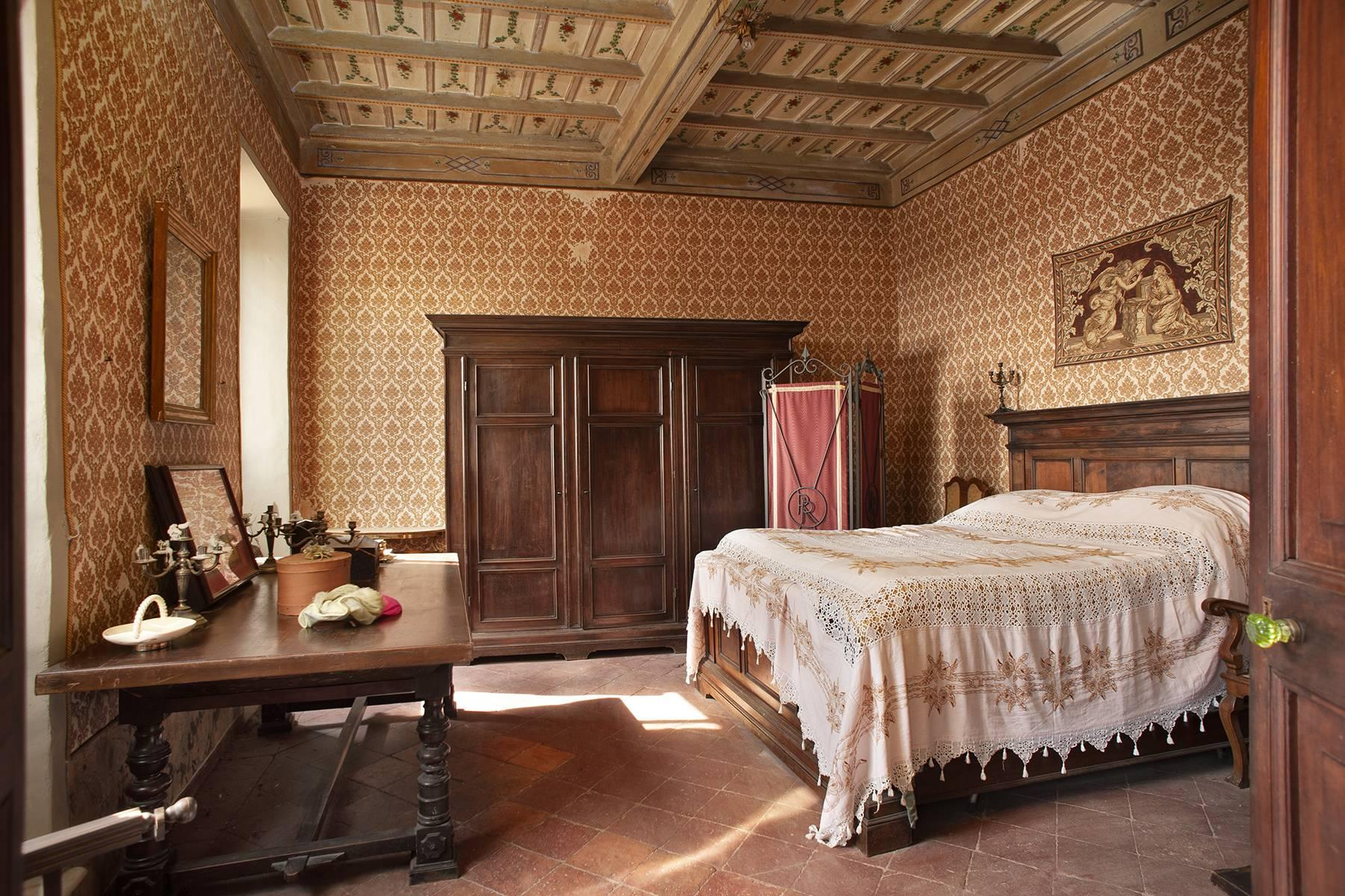 Historic Mansion in the countryside near Rome - 9