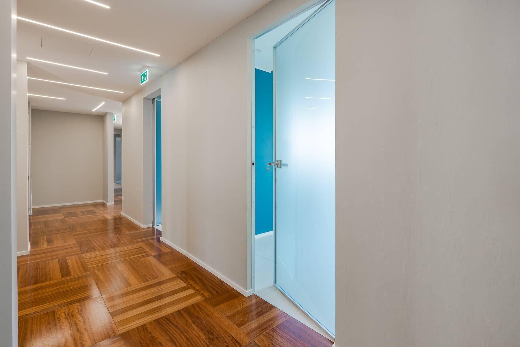Newly renovated office/medical practice in Piazza Duomo - 1