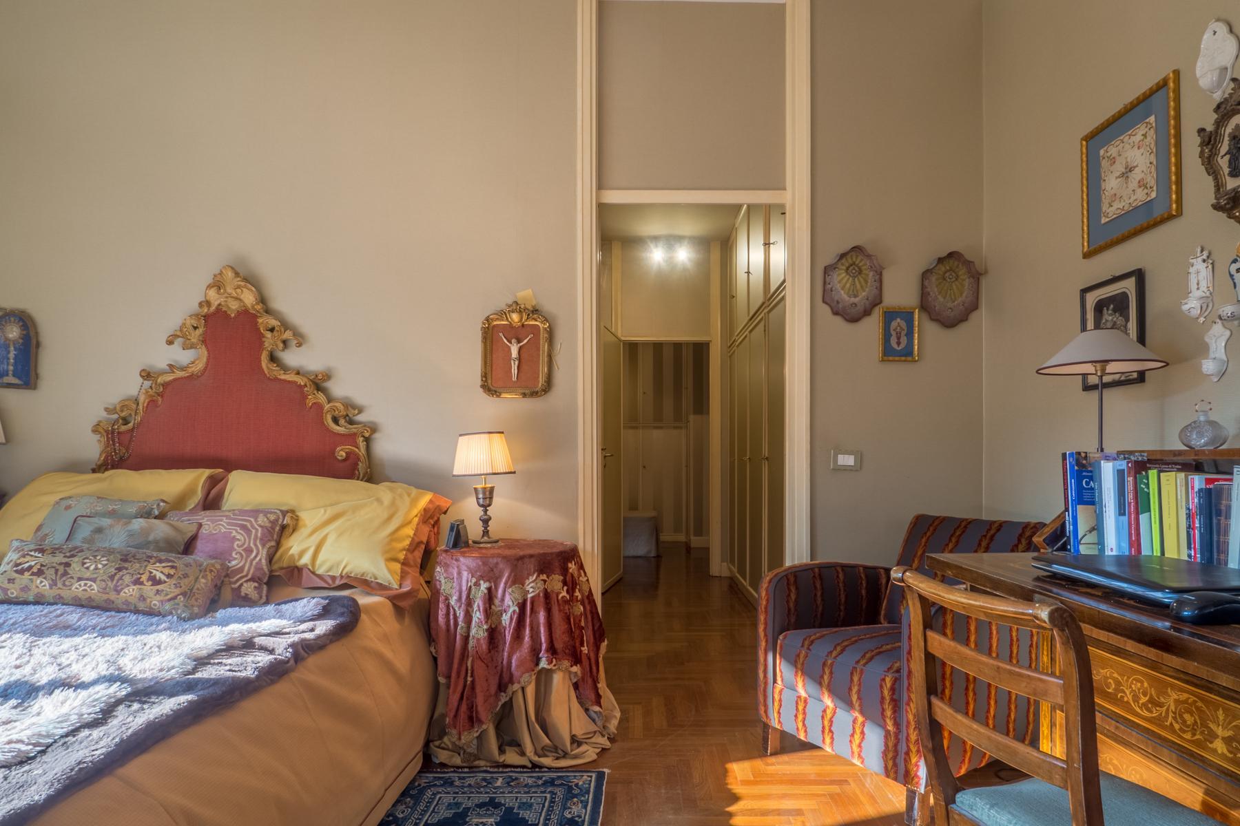 Elegante appartamento con terrazzo ai piedi della collina torinese - 11