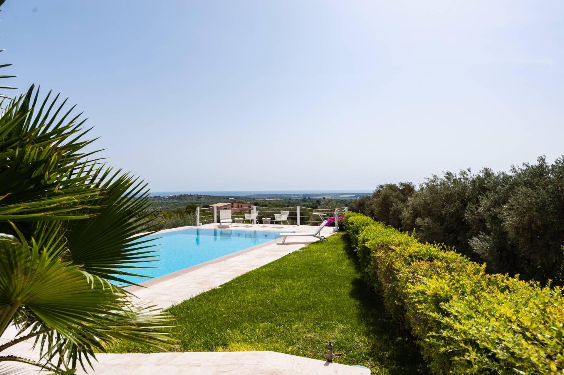Moderne Villa mit Pool und Meerblick - 24