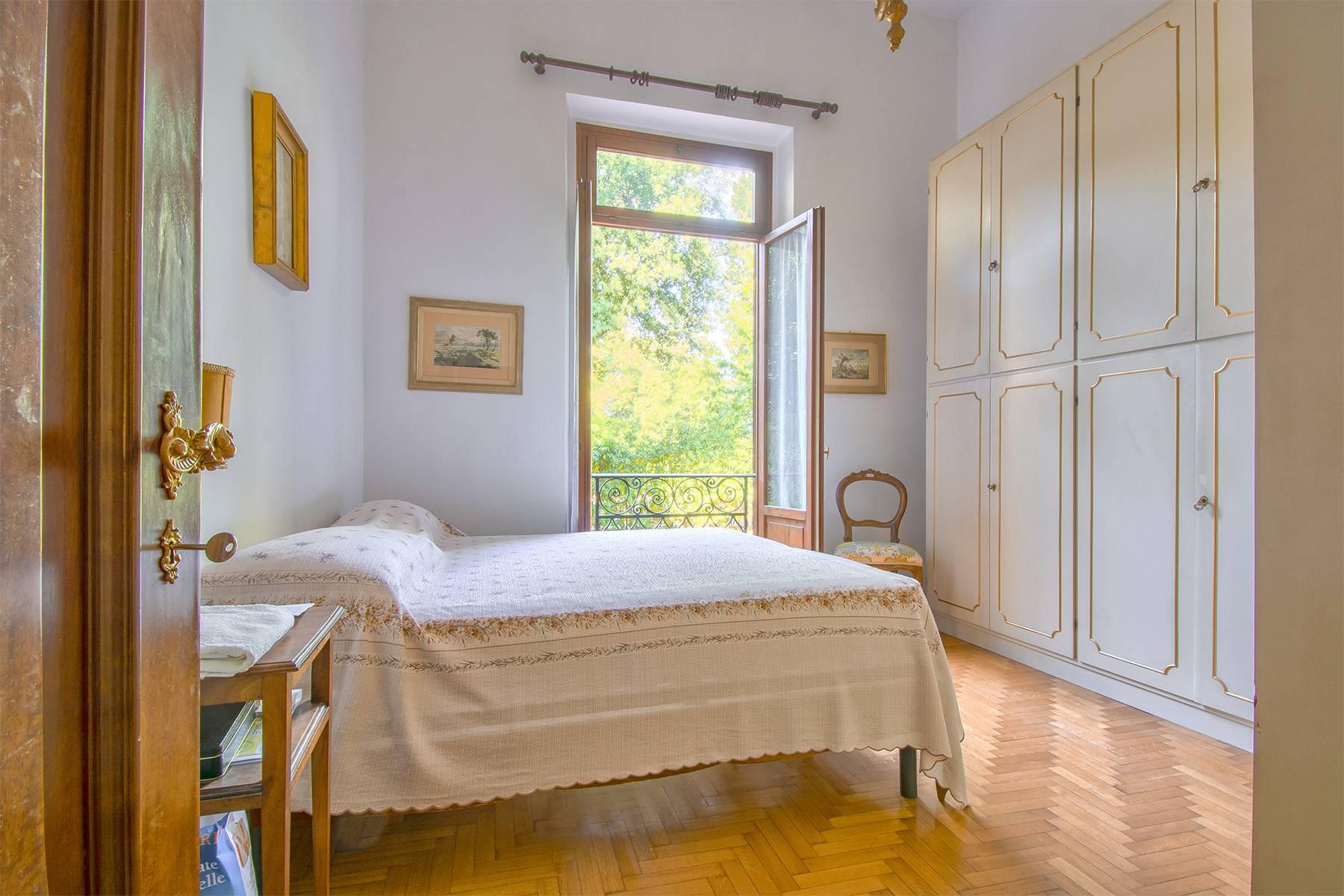 Exquisite apartment in a historic villa - 16