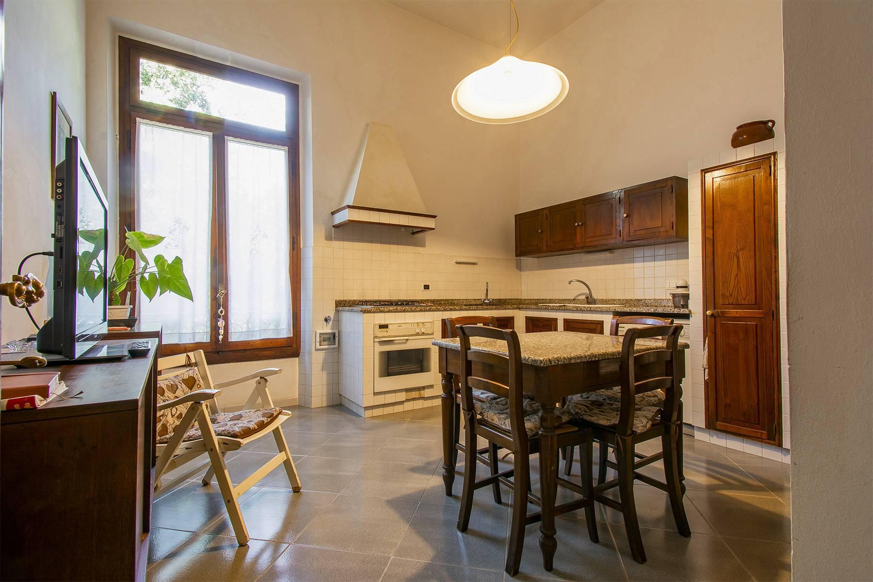 Exquisite apartment in a historic villa - 9