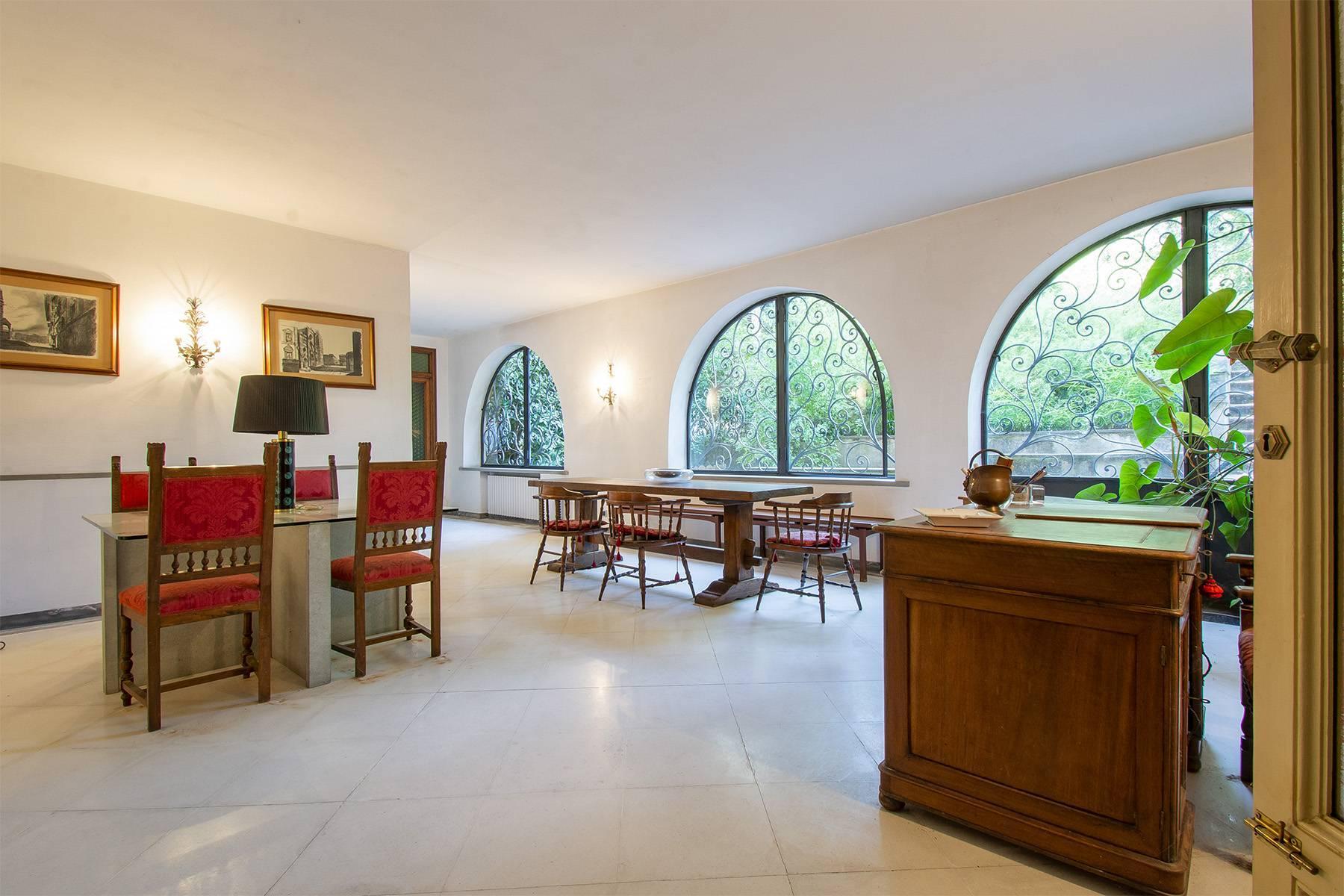 Exquisite apartment in a historic villa - 10