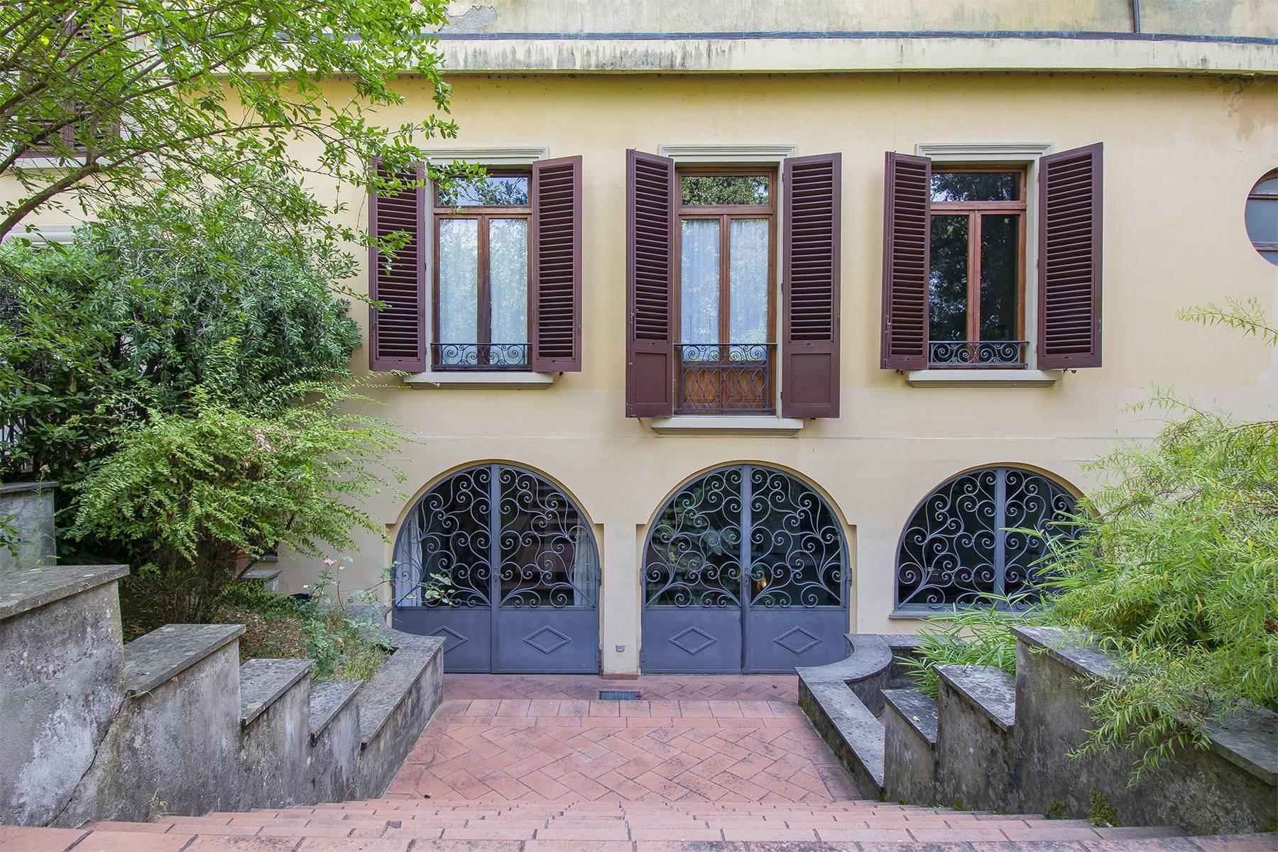 Exquisite apartment in a historic villa - 22