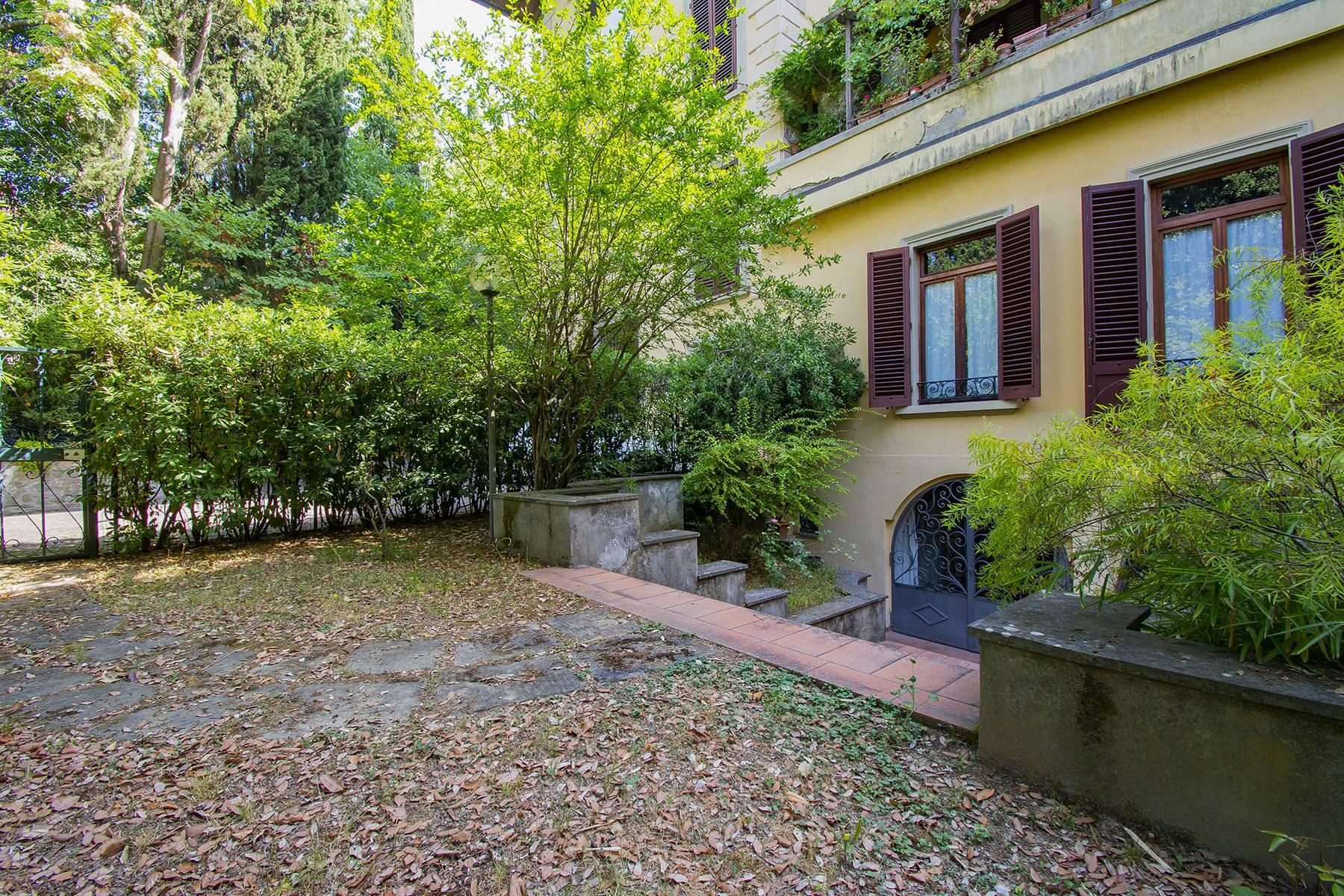 Exquisite apartment in a historic villa - 20