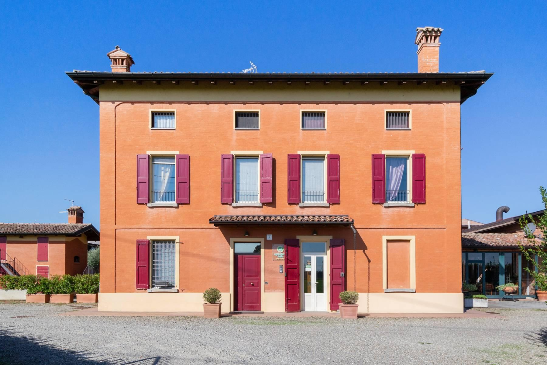 Well-kept farm with B&B and restaurant in the countryside of Modena - 2