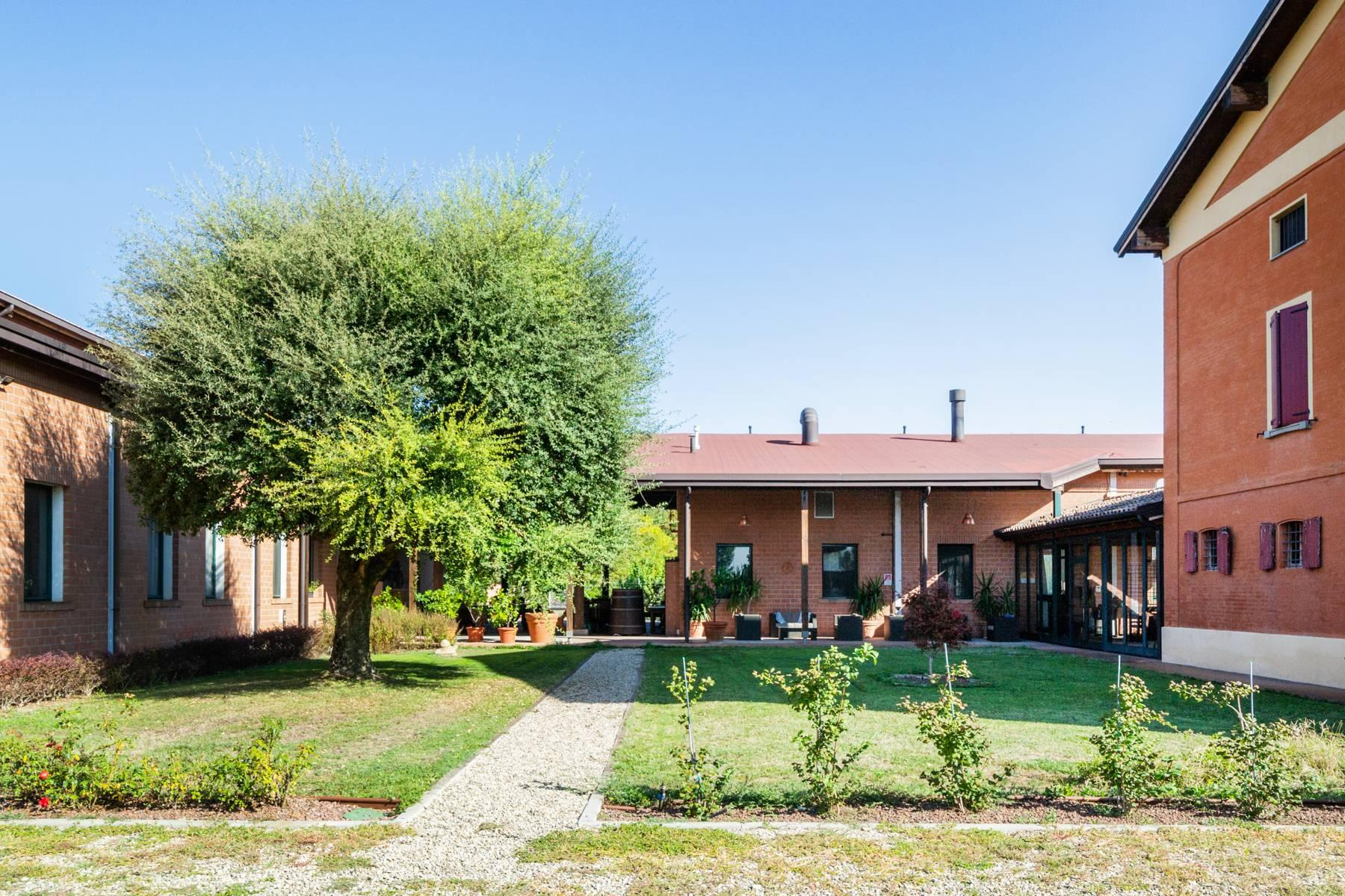 Well-kept farm with B&B and restaurant in the countryside of Modena - 20