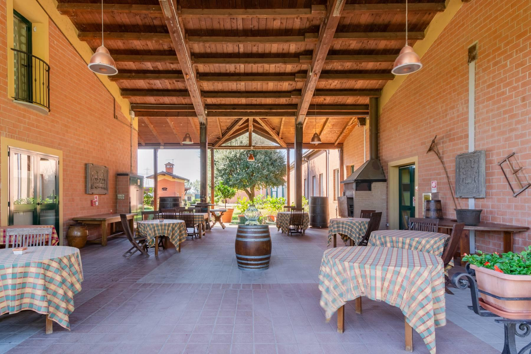 Well-kept farm with B&B and restaurant in the countryside of Modena - 6