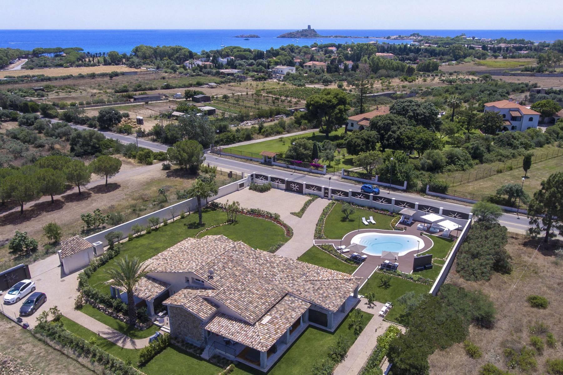 Villa indipendente vicino al mare e al suggestivo sito archeologico di Nora. - 3