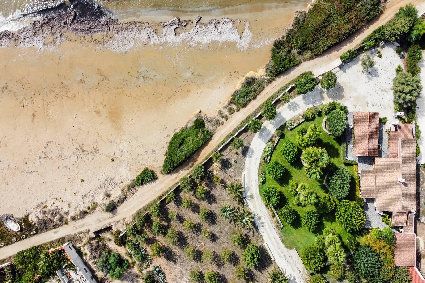 Esclusiva villa sul mare con ingresso privato in spiaggia - 33