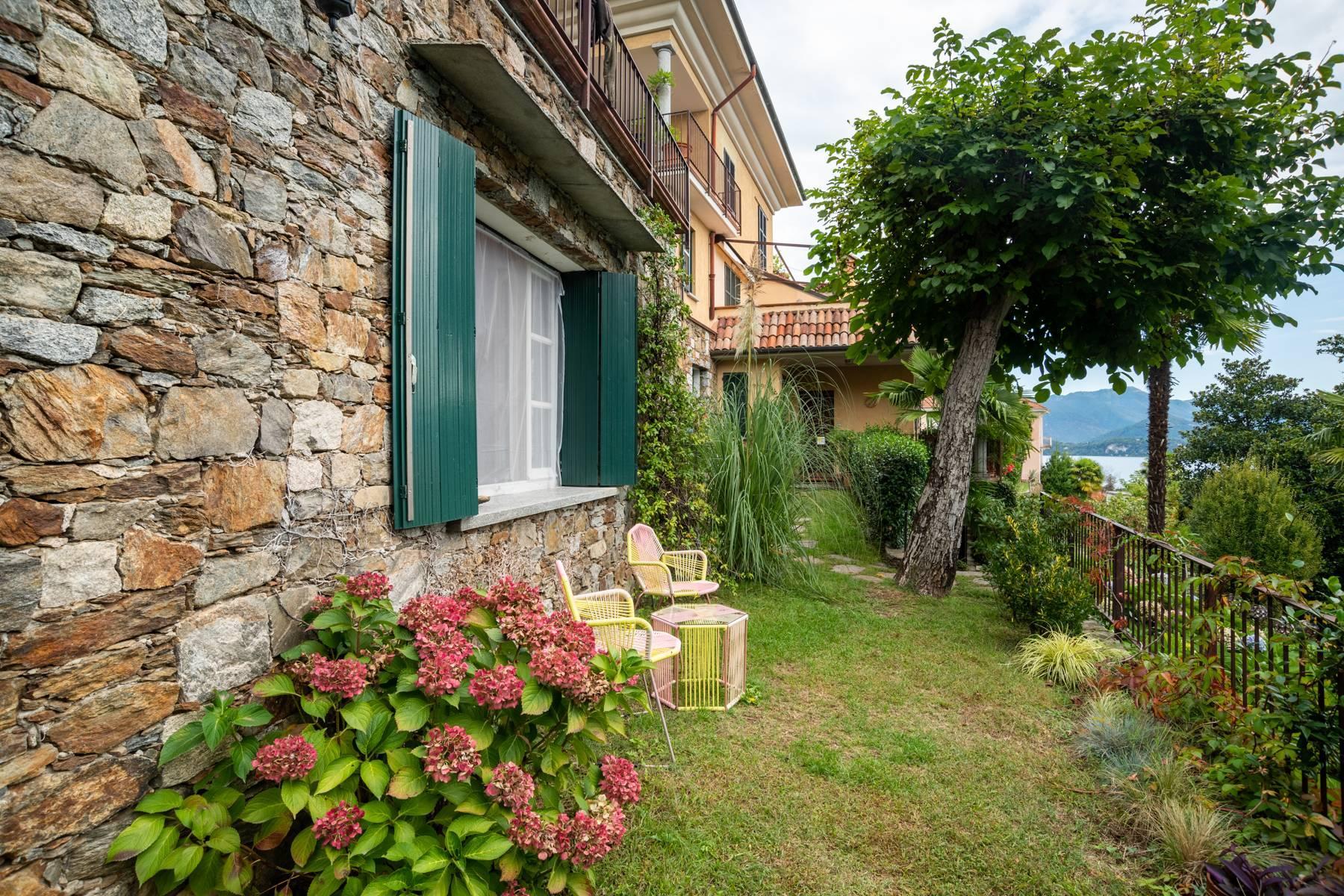 Elegant apartment in the small hamlet of Belgirate - 17