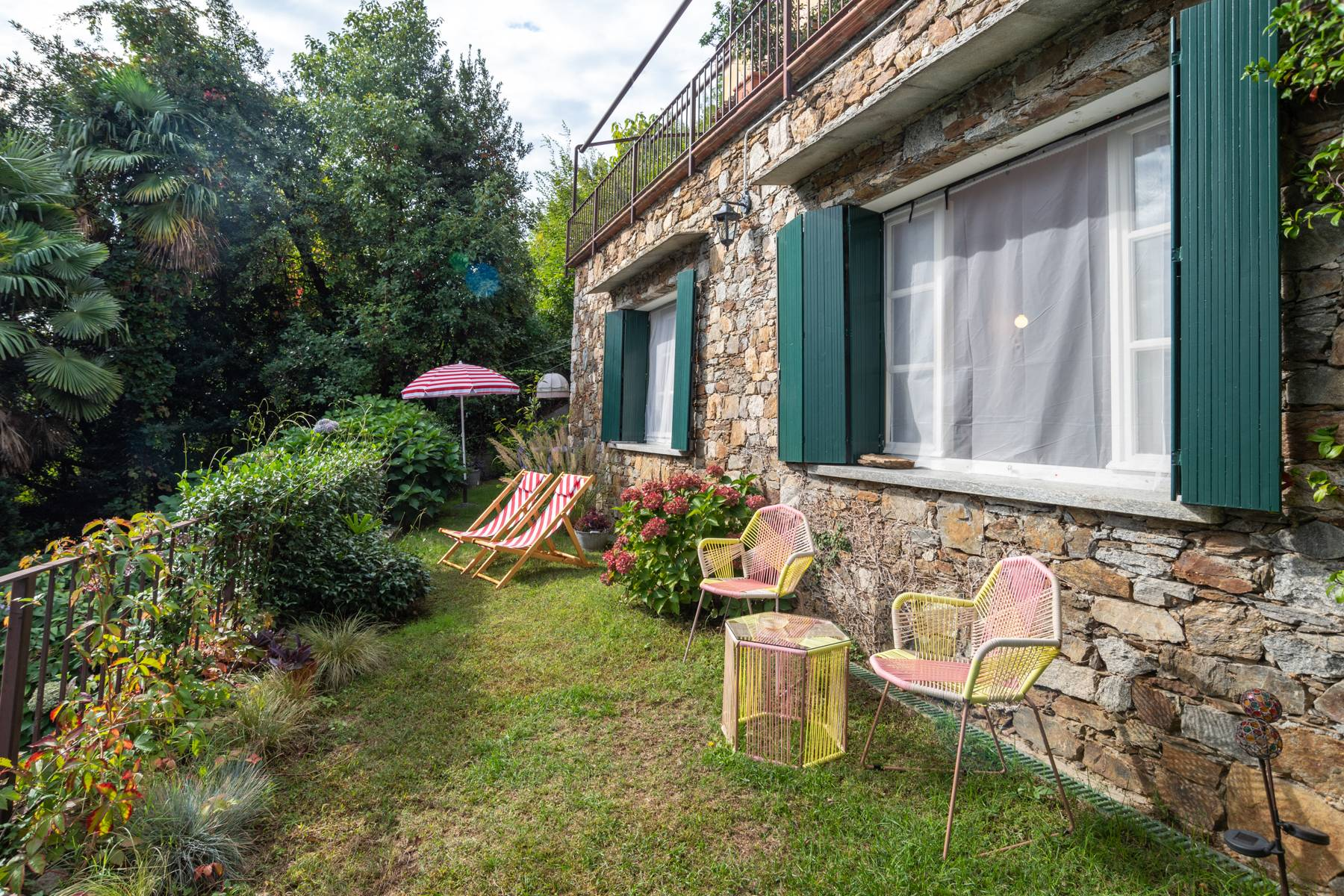 Elegant apartment in the small hamlet of Belgirate - 22