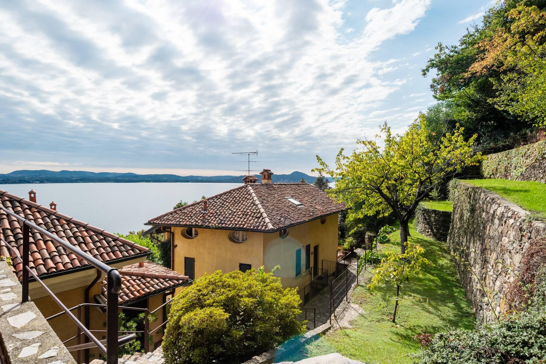 Elegant apartment in the small hamlet of Belgirate - 25