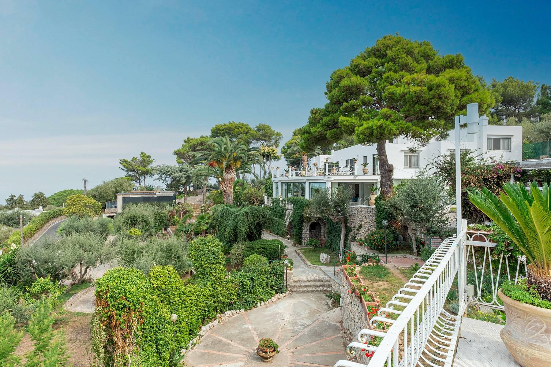 Imposante Villa am Meer - 3