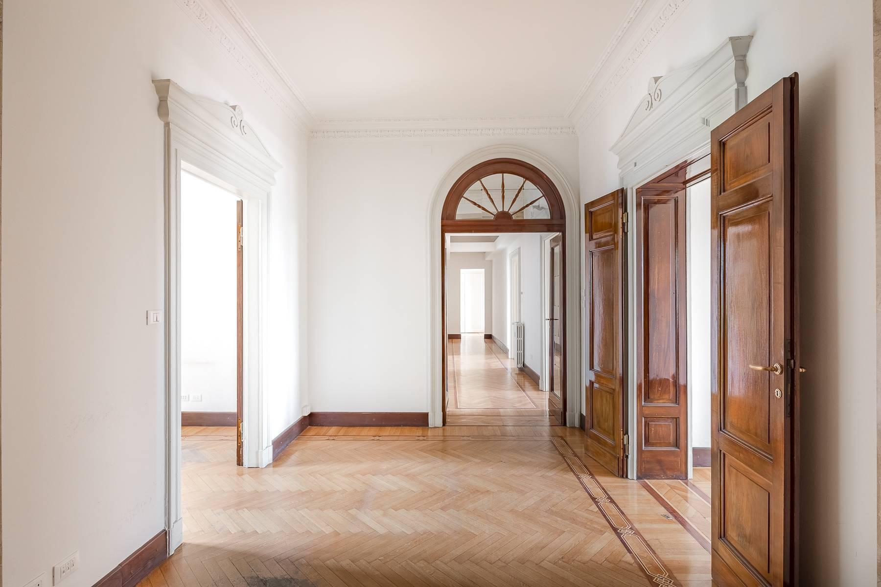 Charming period apartment in Viale Majno - 2