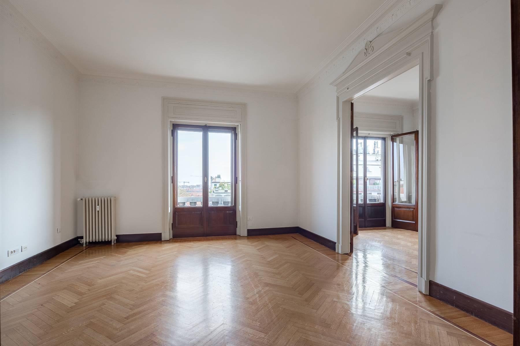 Charming period apartment in Viale Majno - 6