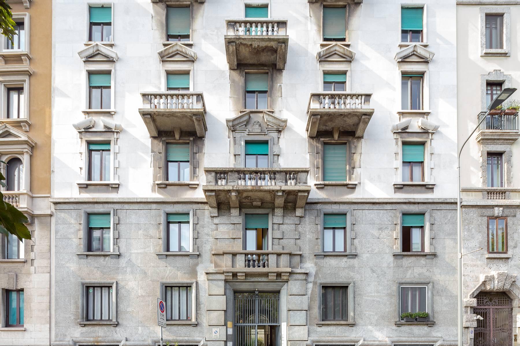 Charming period apartment in Viale Majno - 16