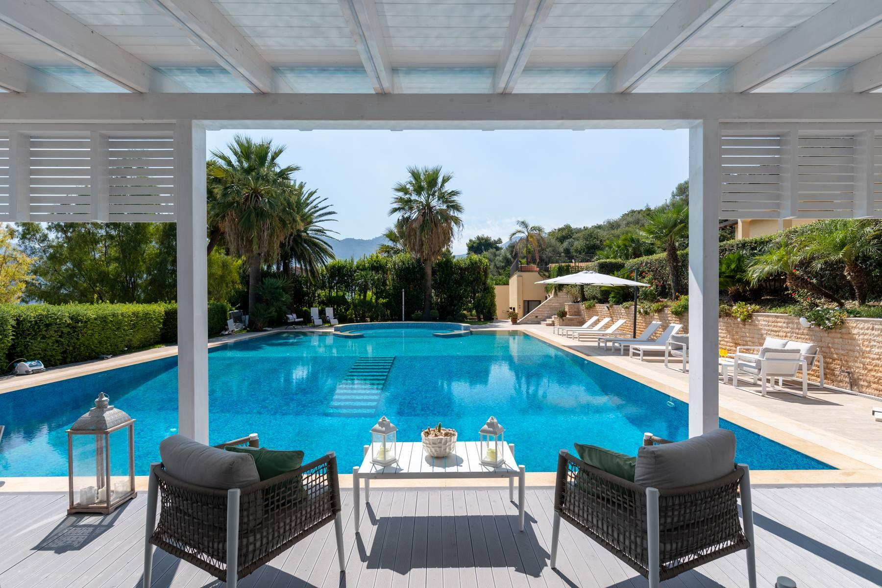 Luxurious Villa in Monreale with breathtaking views overlooking the Gulf of Palermo - 1