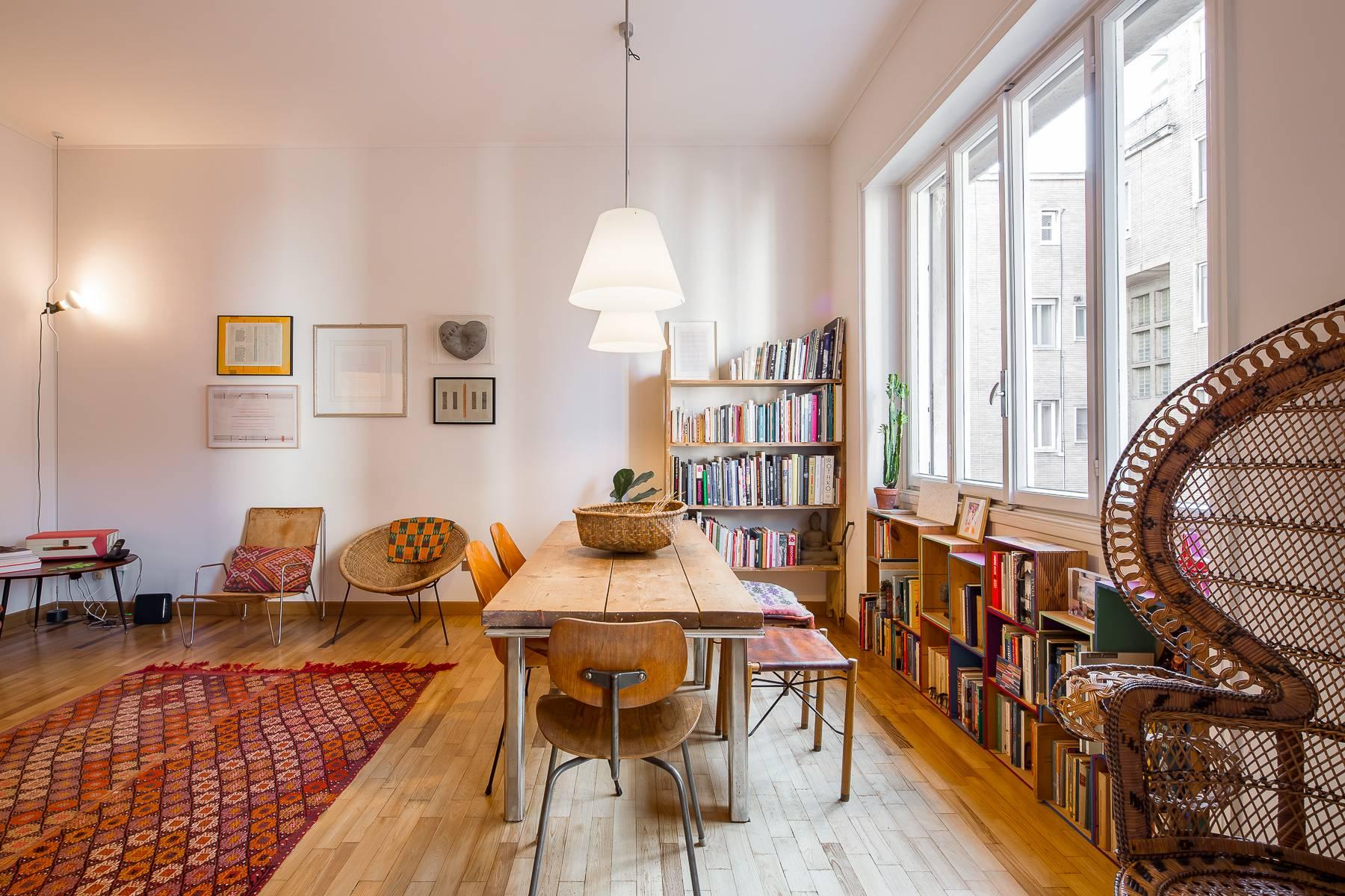Bright, renovated two-bedroom apartment a stone's throw from the Duomo - 1
