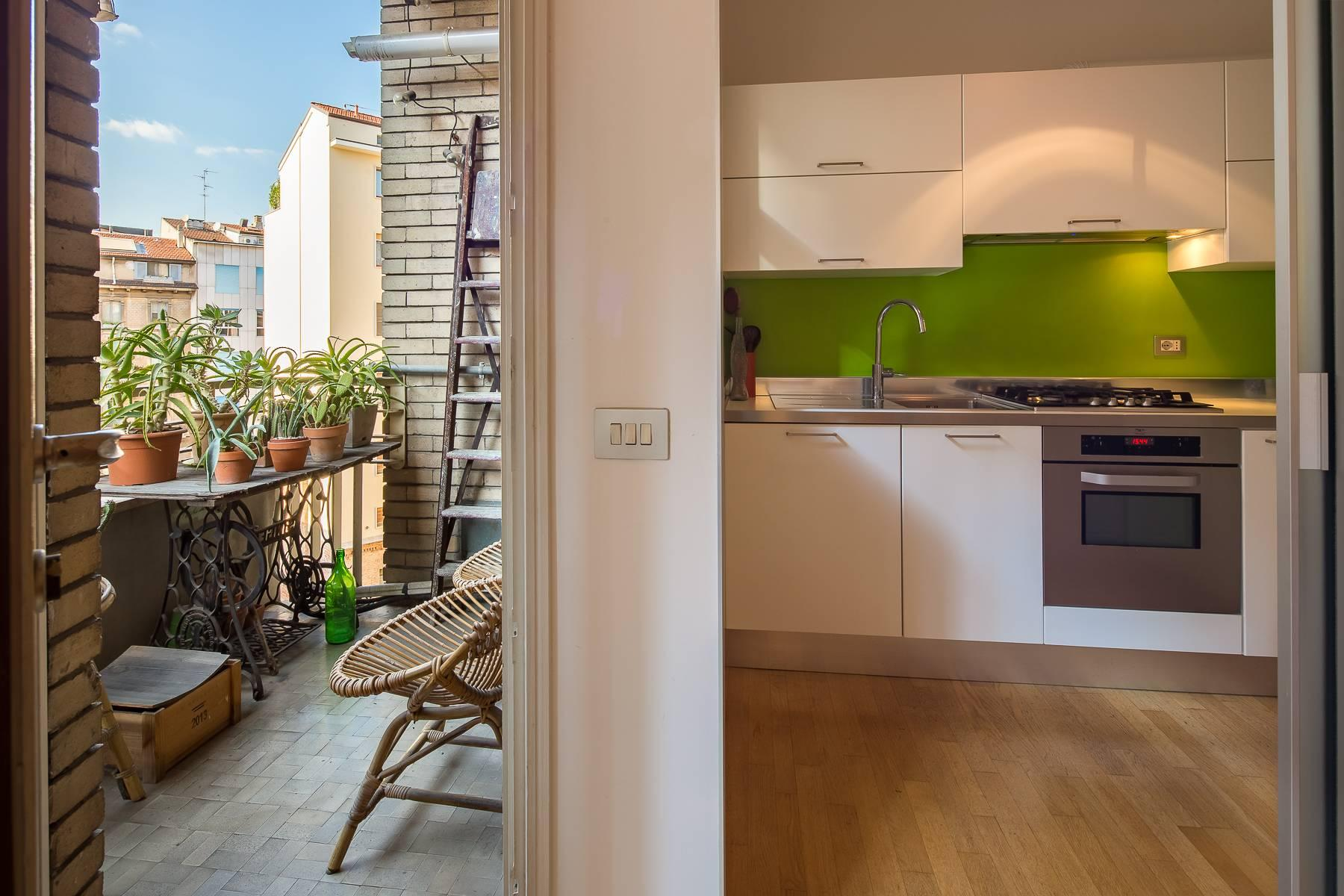 Bright, renovated two-bedroom apartment a stone's throw from the Duomo - 8