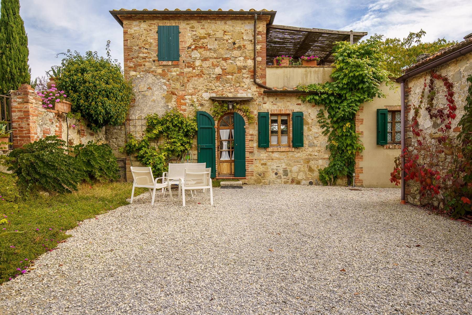 Organic winery in the heart of Crete Senesi - 7