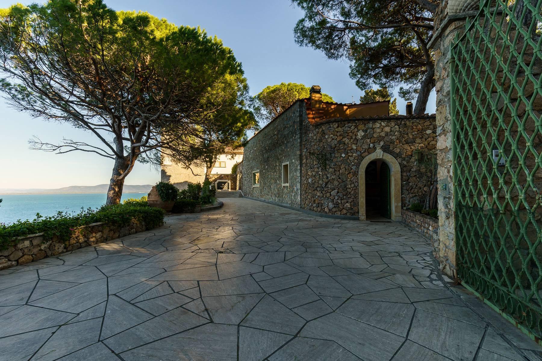 Unique villa facing the bay of Monte Argentario - 2