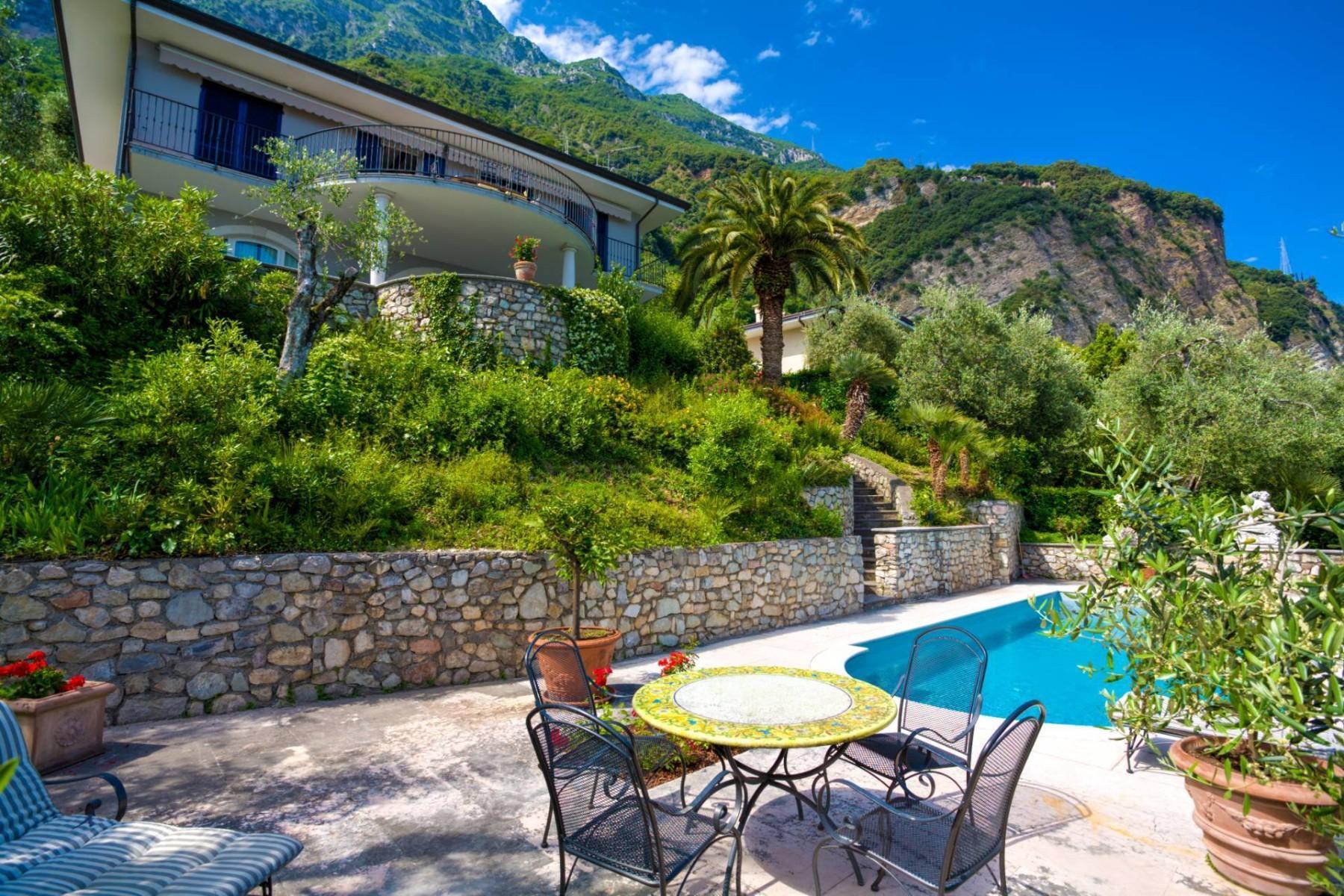 Atemberaubende moderne Villa mit exklusivem Pool und herrlichem Seeblick - 4