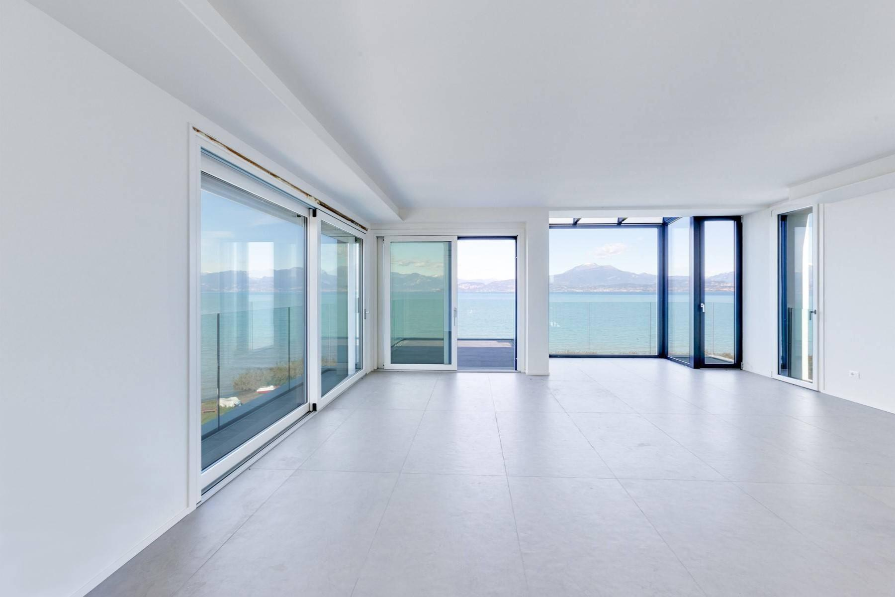 Modern penthouse with breathtaking view - 1