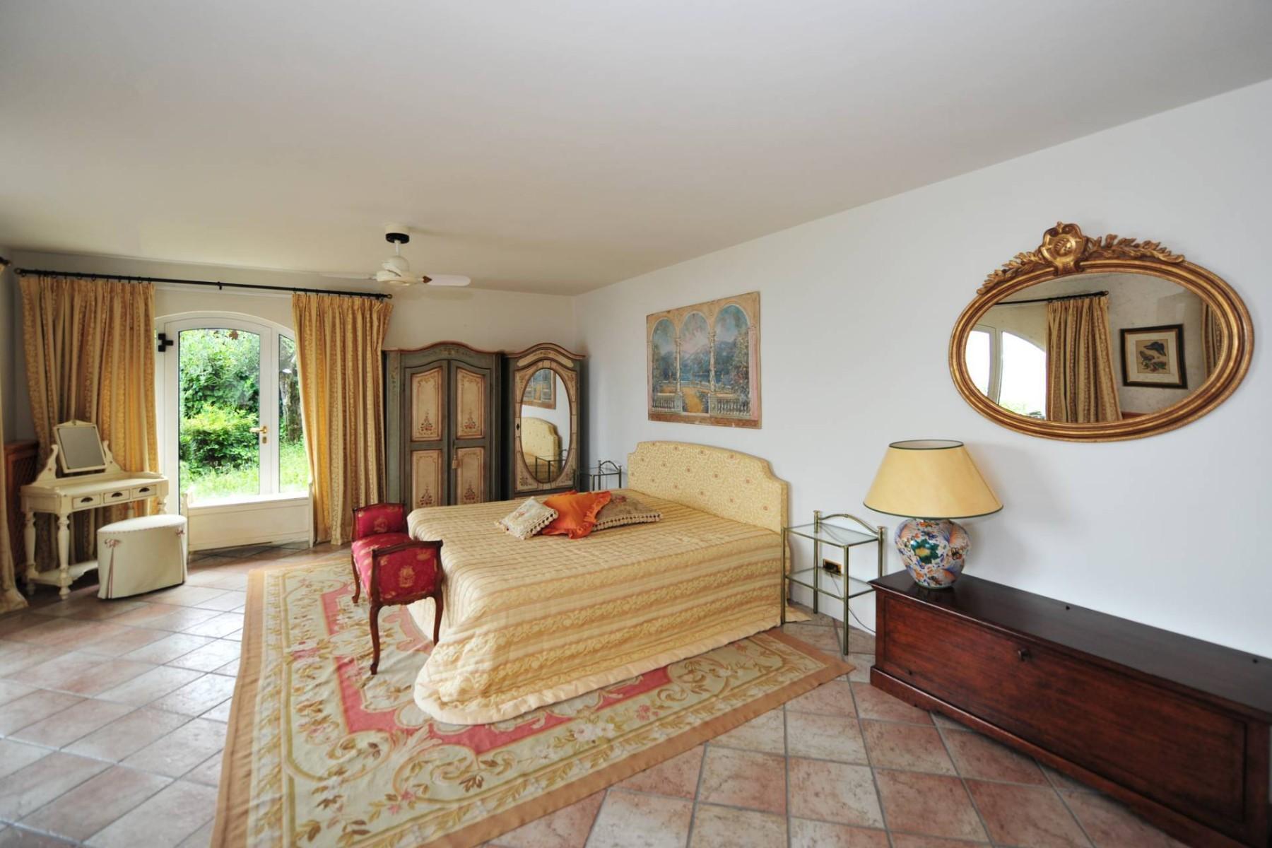 Atemberaubende moderne Villa mit exklusivem Pool und herrlichem Seeblick - 23
