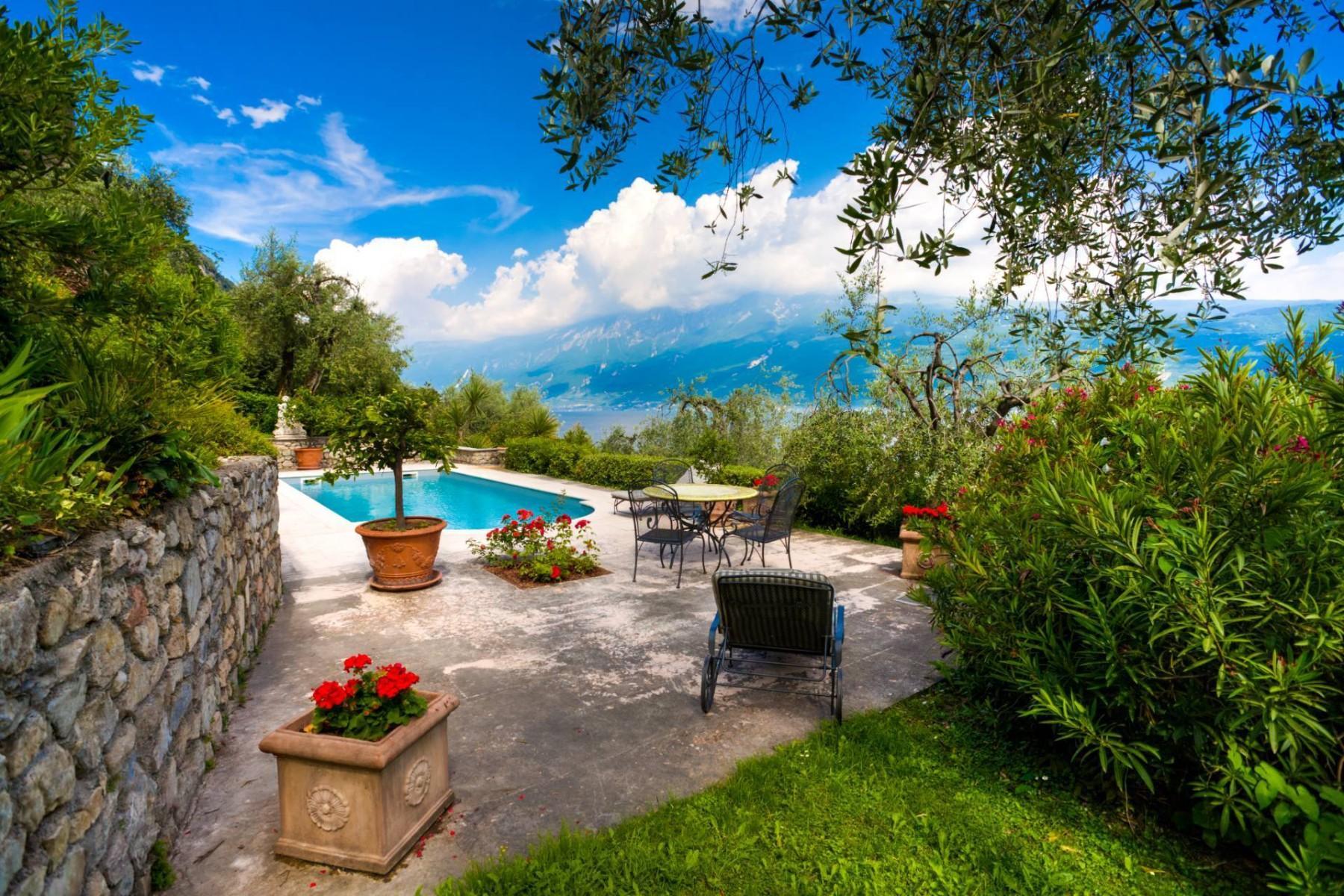Atemberaubende moderne Villa mit exklusivem Pool und herrlichem Seeblick - 30