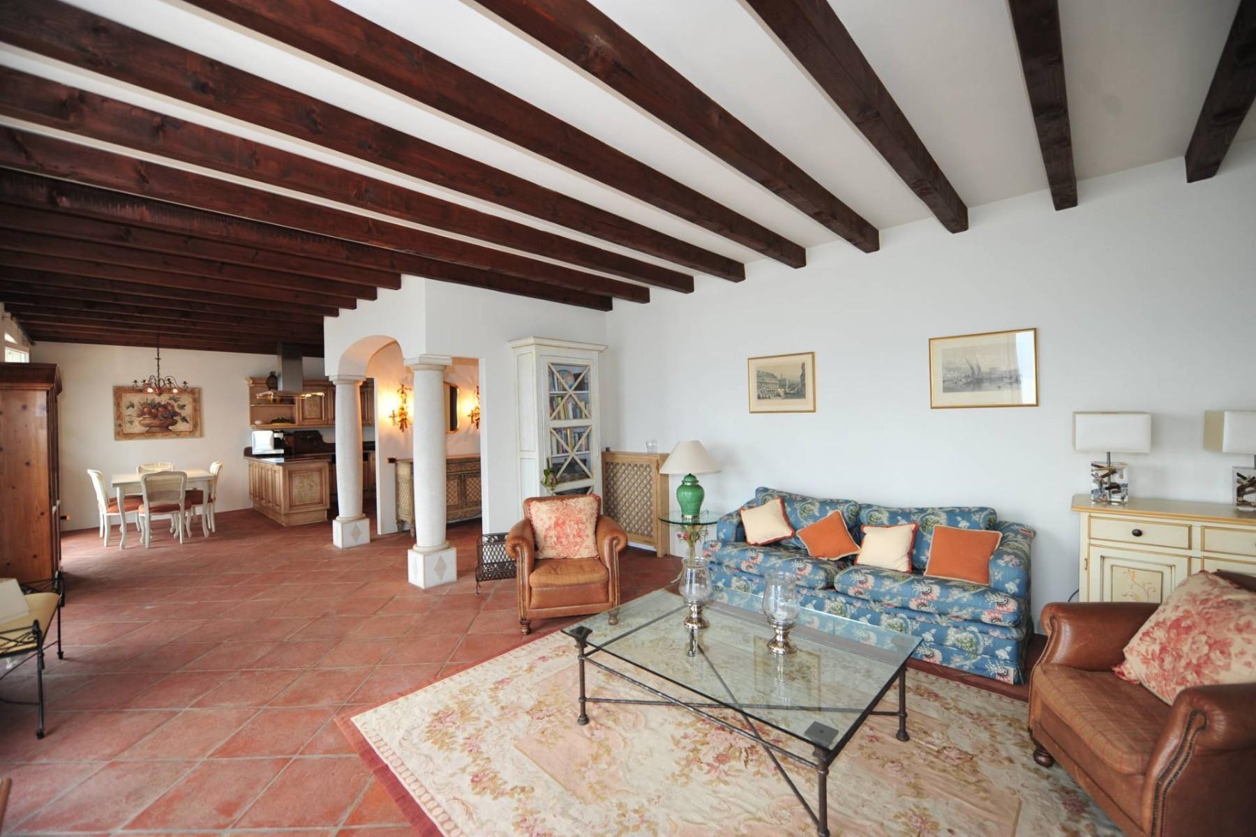 Atemberaubende moderne Villa mit exklusivem Pool und herrlichem Seeblick - 15
