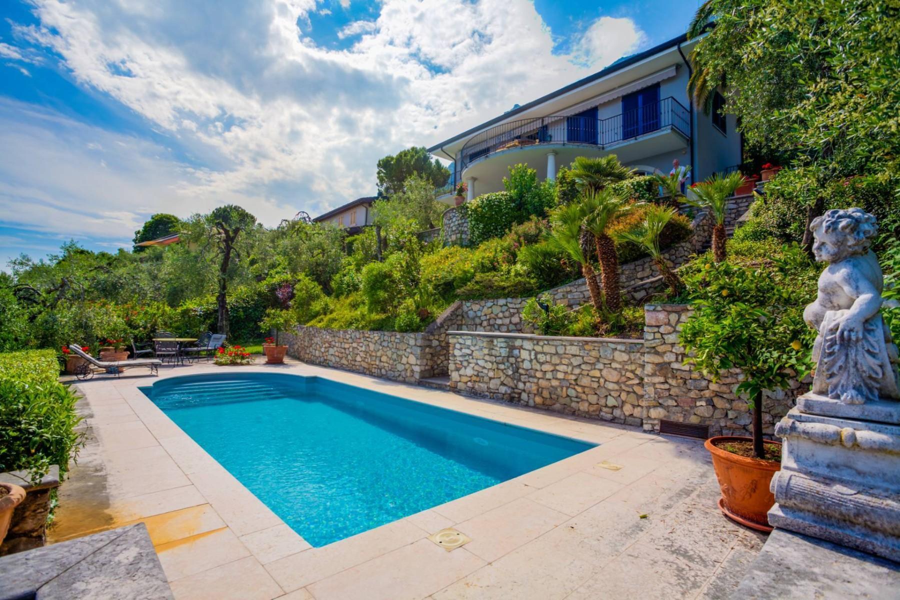 Atemberaubende moderne Villa mit exklusivem Pool und herrlichem Seeblick - 35
