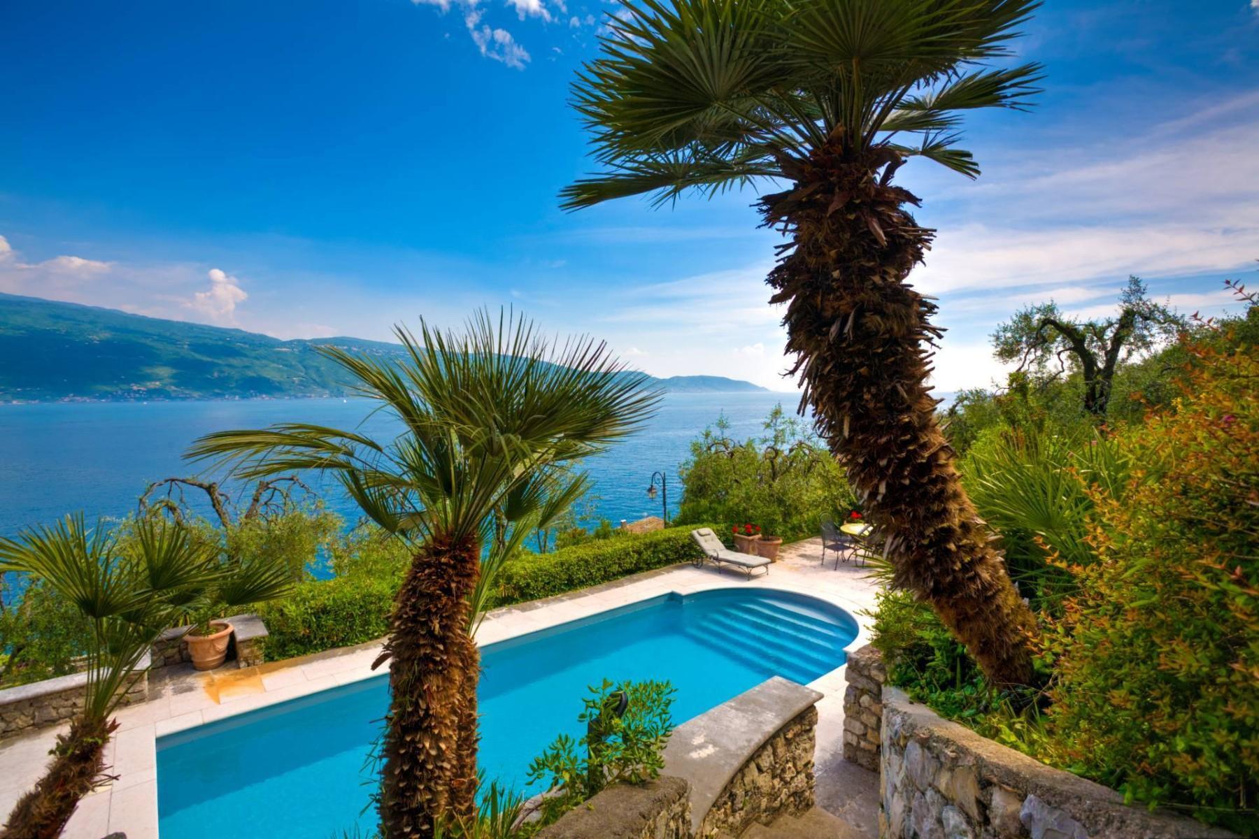 Atemberaubende moderne Villa mit exklusivem Pool und herrlichem Seeblick - 11