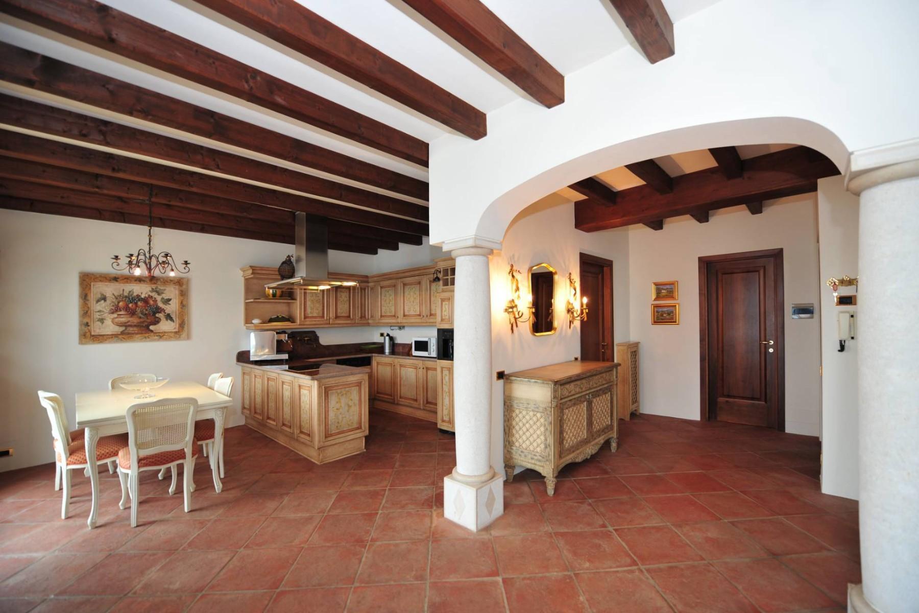 Atemberaubende moderne Villa mit exklusivem Pool und herrlichem Seeblick - 13