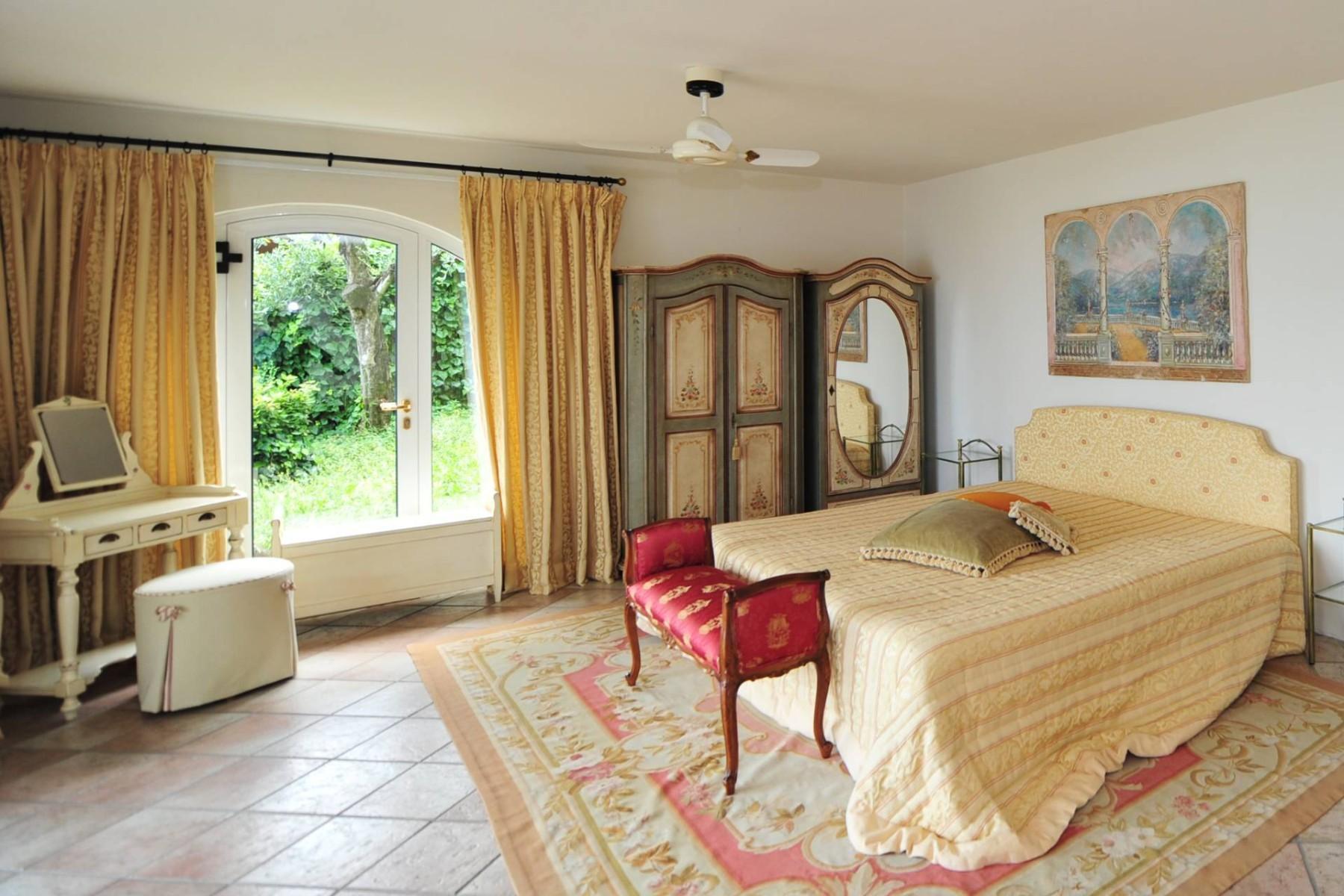 Atemberaubende moderne Villa mit exklusivem Pool und herrlichem Seeblick - 24