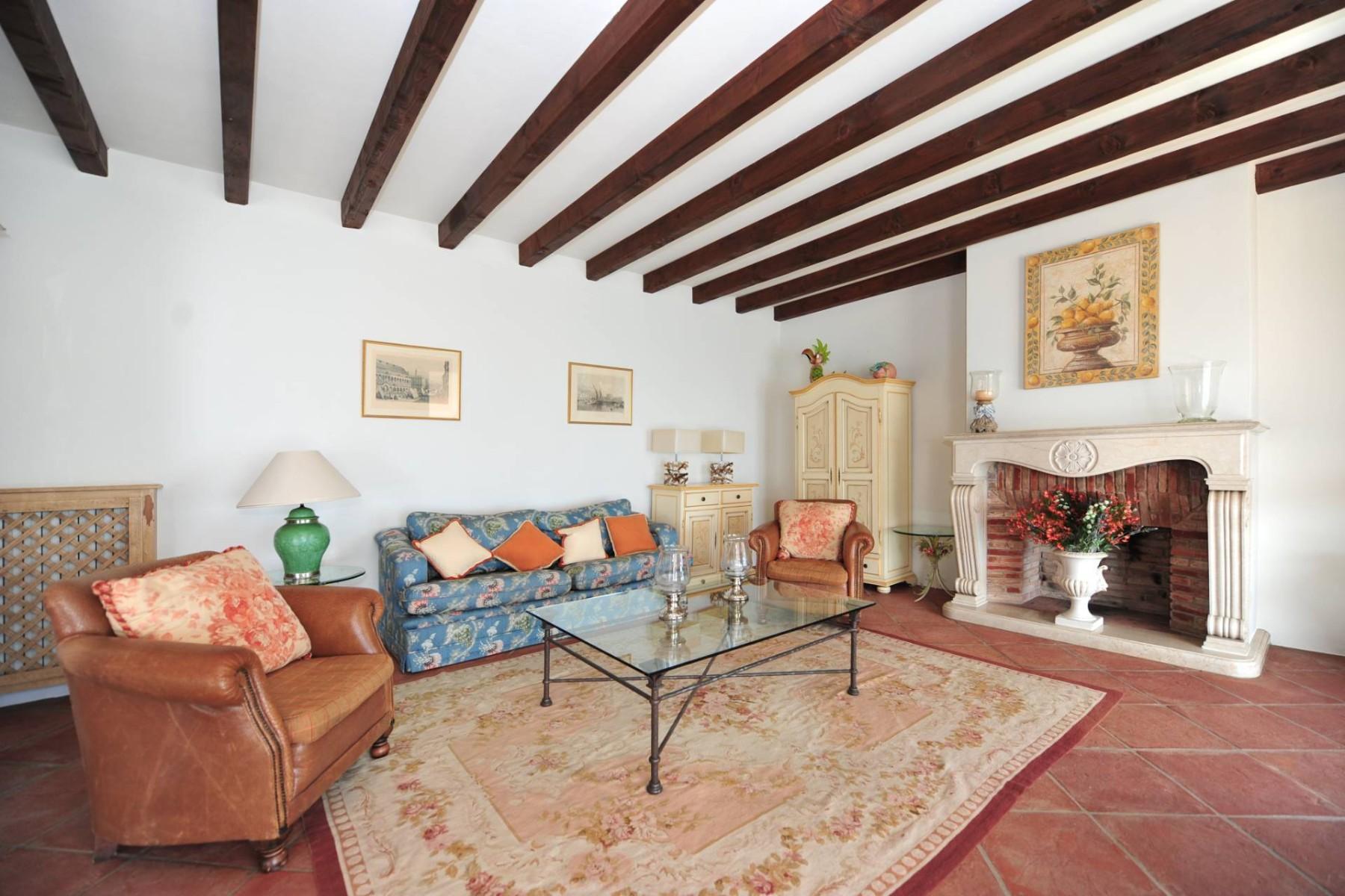 Atemberaubende moderne Villa mit exklusivem Pool und herrlichem Seeblick - 14
